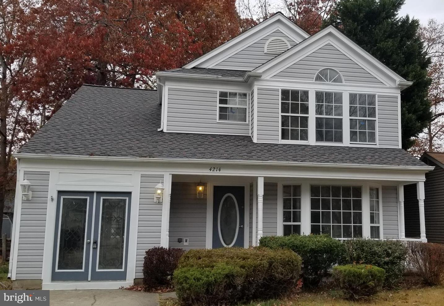 Fully renovated 4 beds, 2.5 bath home in nice neighborhood less than 5 mins from St. Charles Town Ce