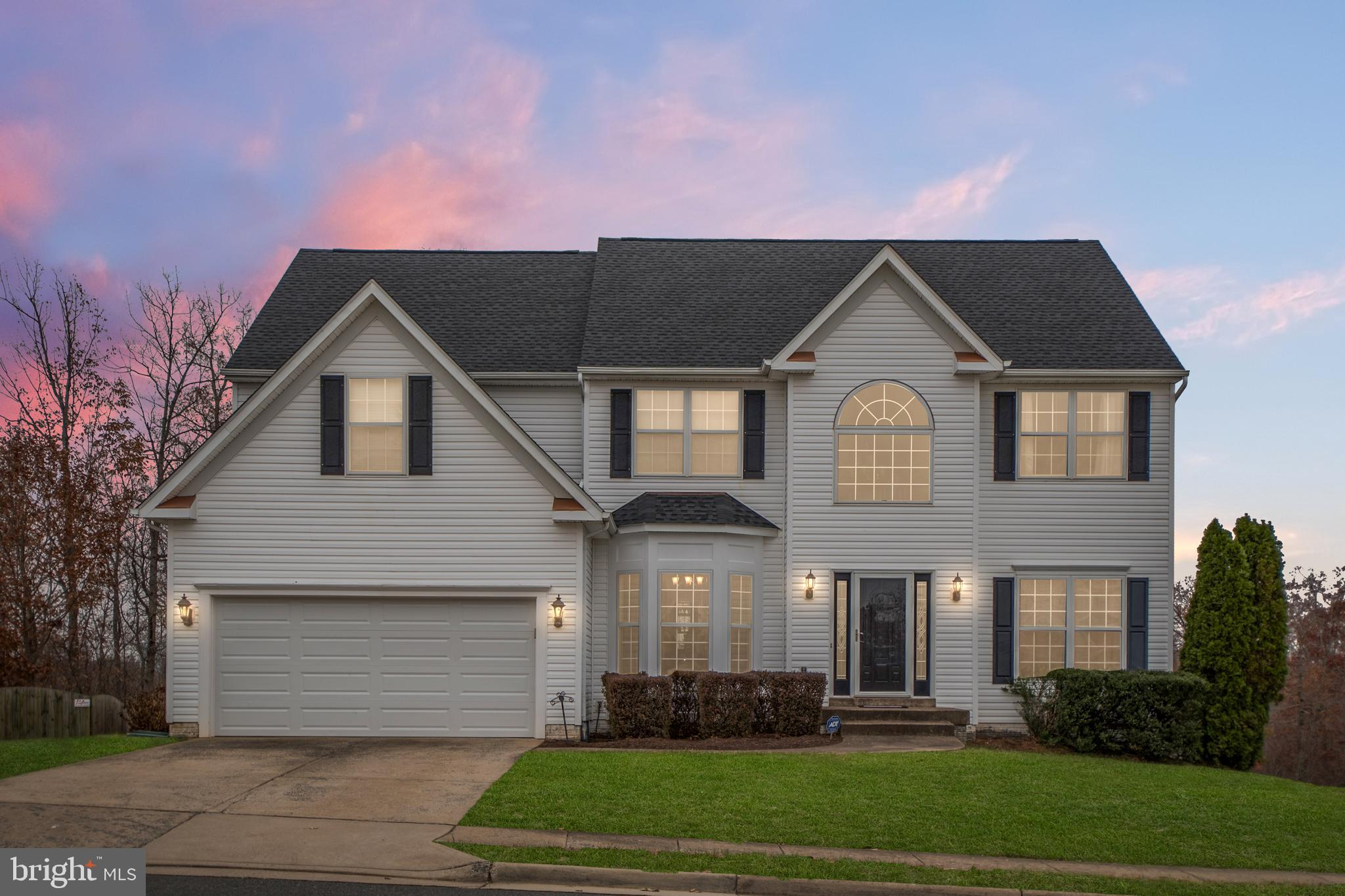 This beautiful 3 level Colonial home in North Stafford is located in the highly sought after communi