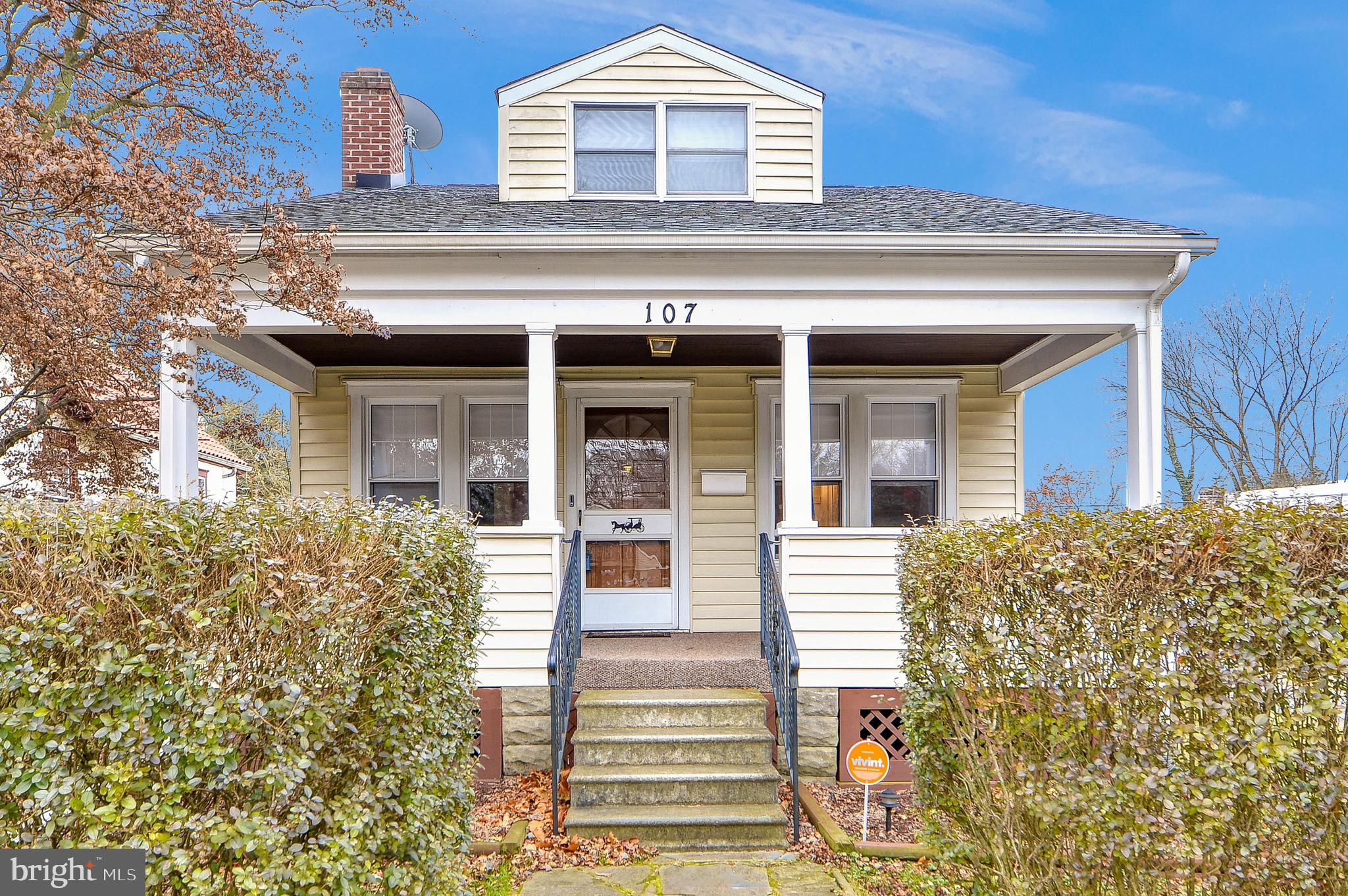 ***Professional Photos Coming Soon!!!***Welcome home to this lovely cape cod located in Brookland Te