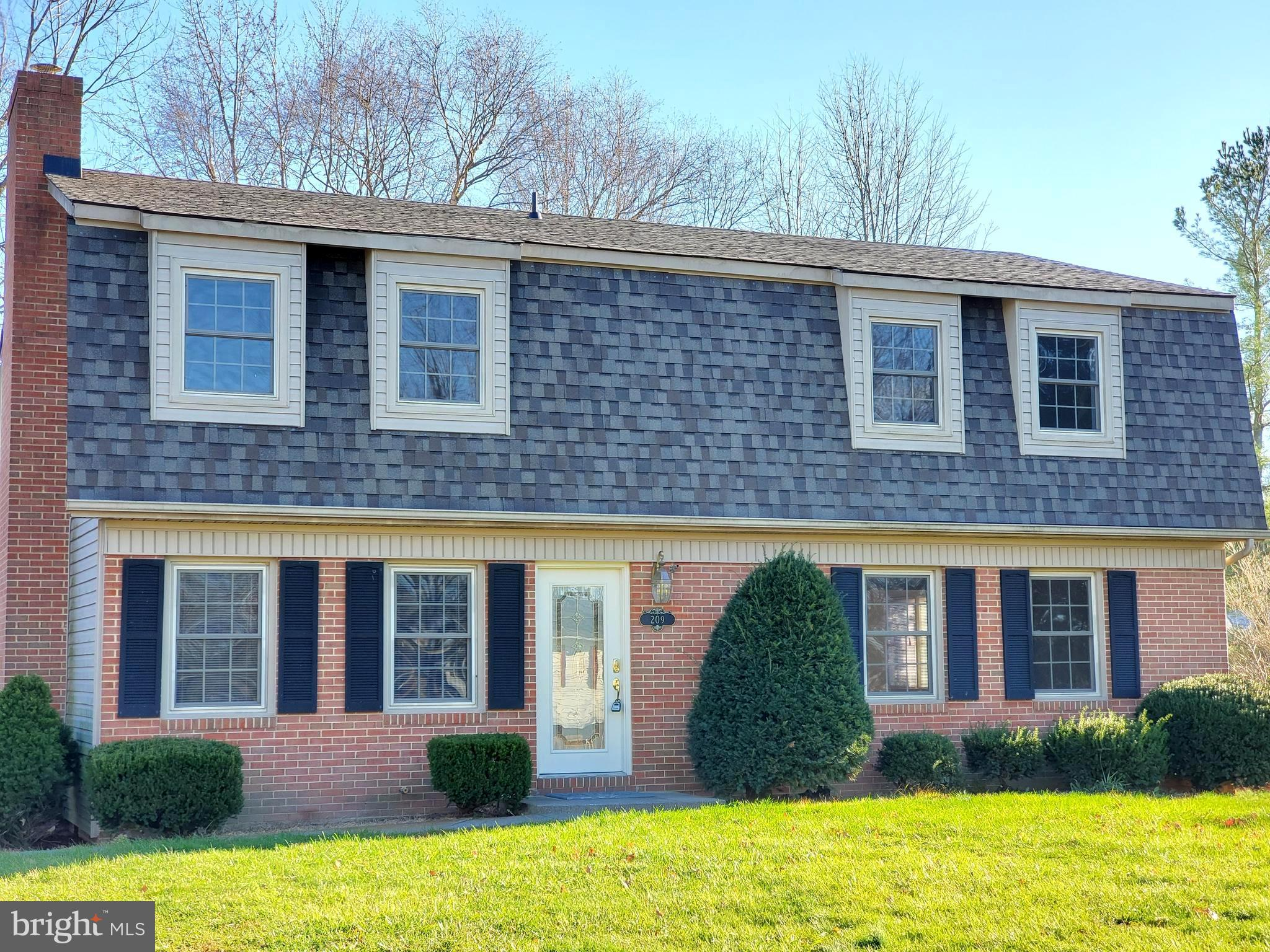 BRAND NEW HVAC 2019!  FRESH PAINT! GREAT LOCATION!  Cozy brick front colonial style home with over 2