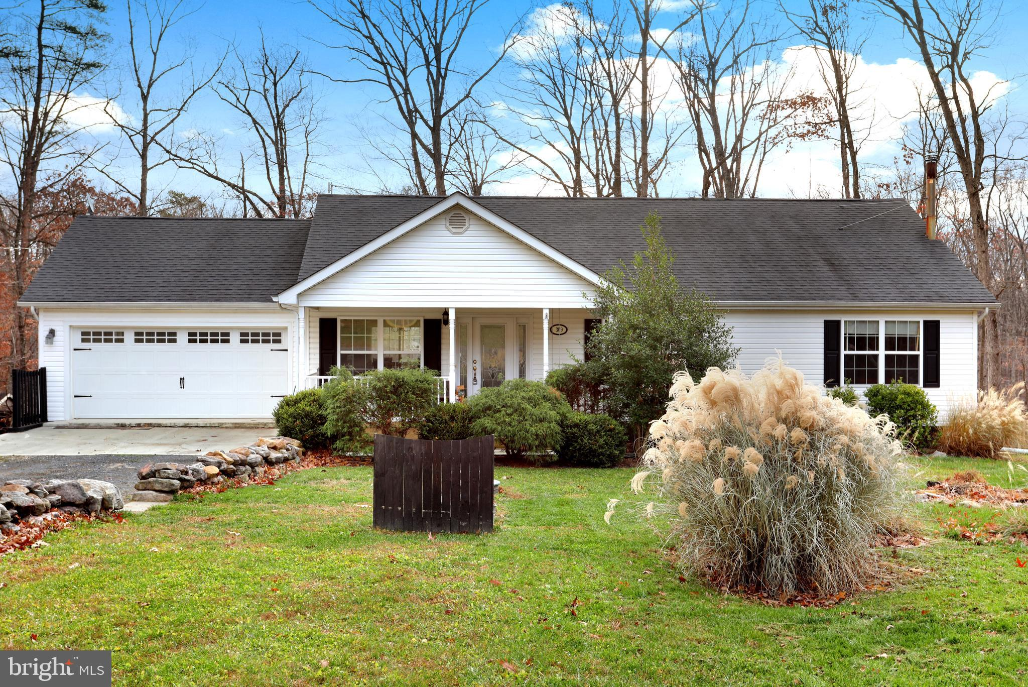 Come take a look inside this lovely ranch style home just a short distance from Winchester.  Featuri