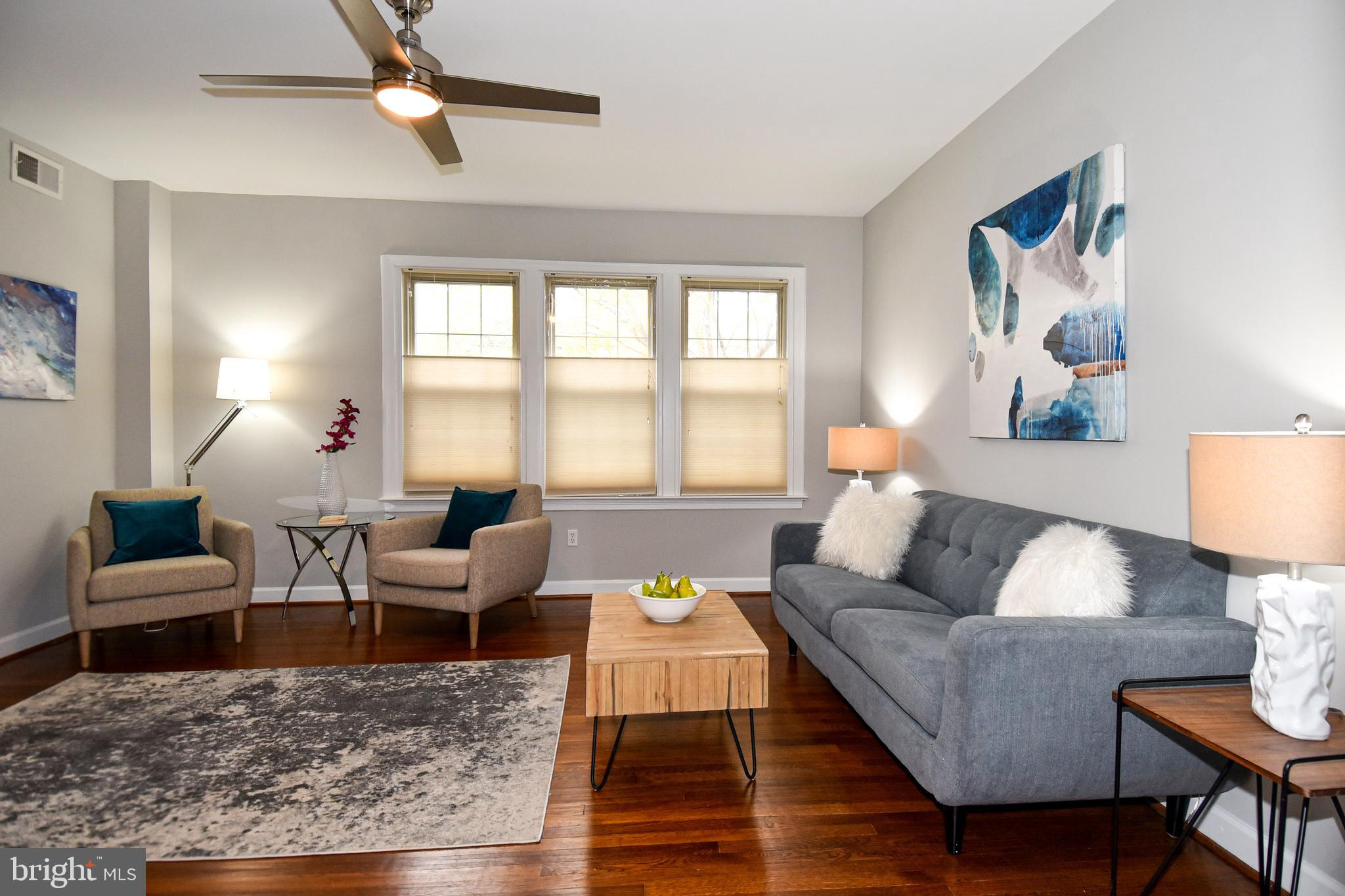 STYLISH + SPACIOUS! MOVE IN READY 2BR/1.5BA CONDO in renovated brick building with 1 secure, reserve