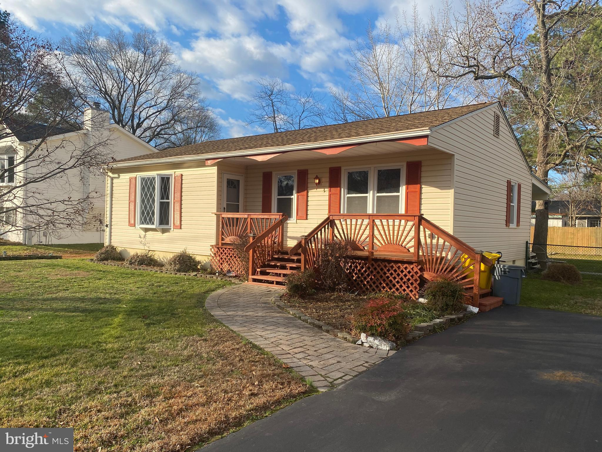 """Great 1 level Rancher in Rosehaven! This home is """"As Is"""" but shows great!It has a large  Eat-In Kitc"""
