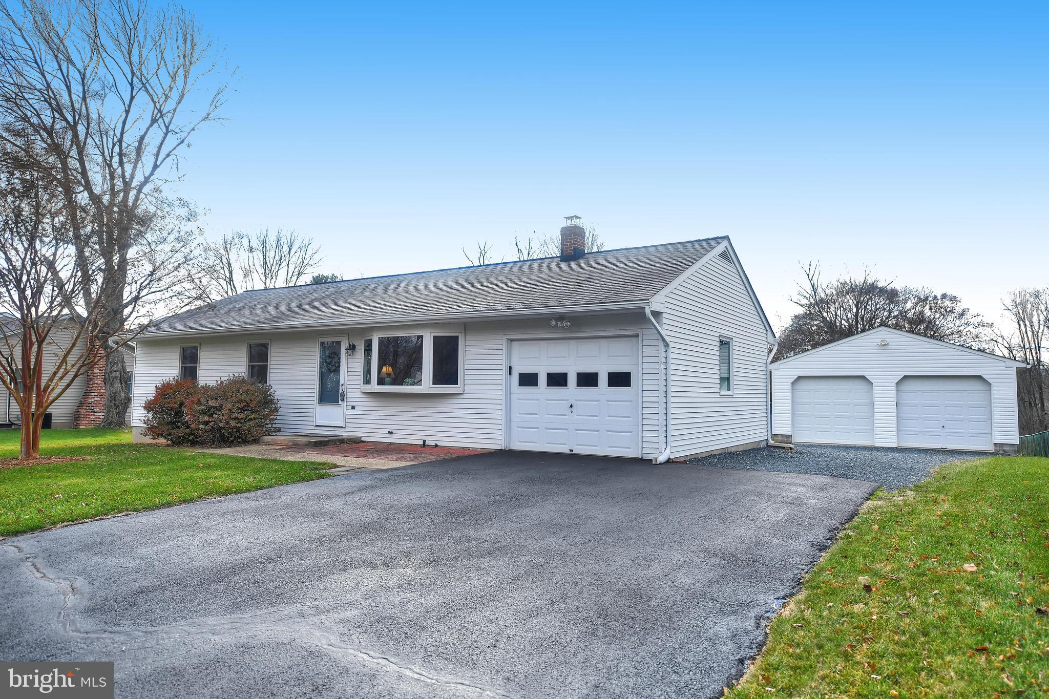 Welcome Home! You will feel right at home when you enter this well maintained three bedroom rancher