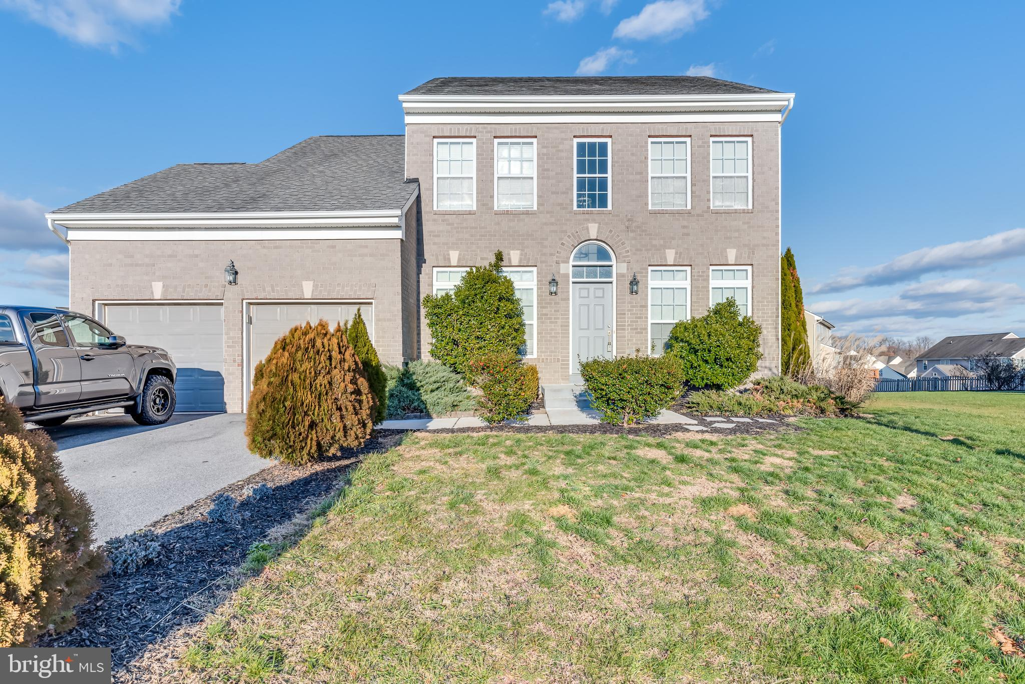 A must see! Sleek, gorgeous, very well maintained brick front colonial in the Hammond's Mill communi