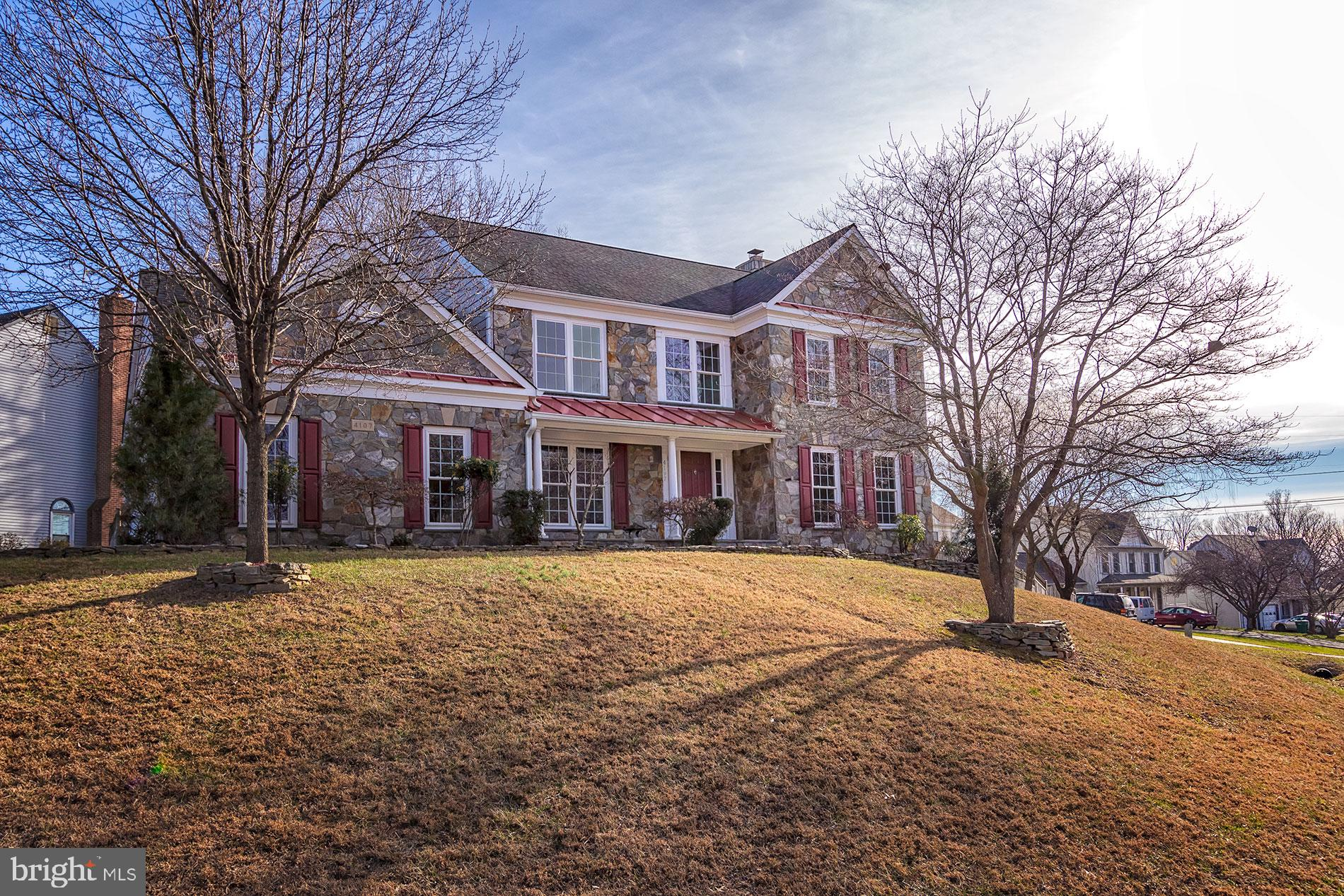 WOW!! Rare find!! Beautiful  Upgraded Stone front, hardiplank, freshly painted 4 bedroom, 3.5 bath h