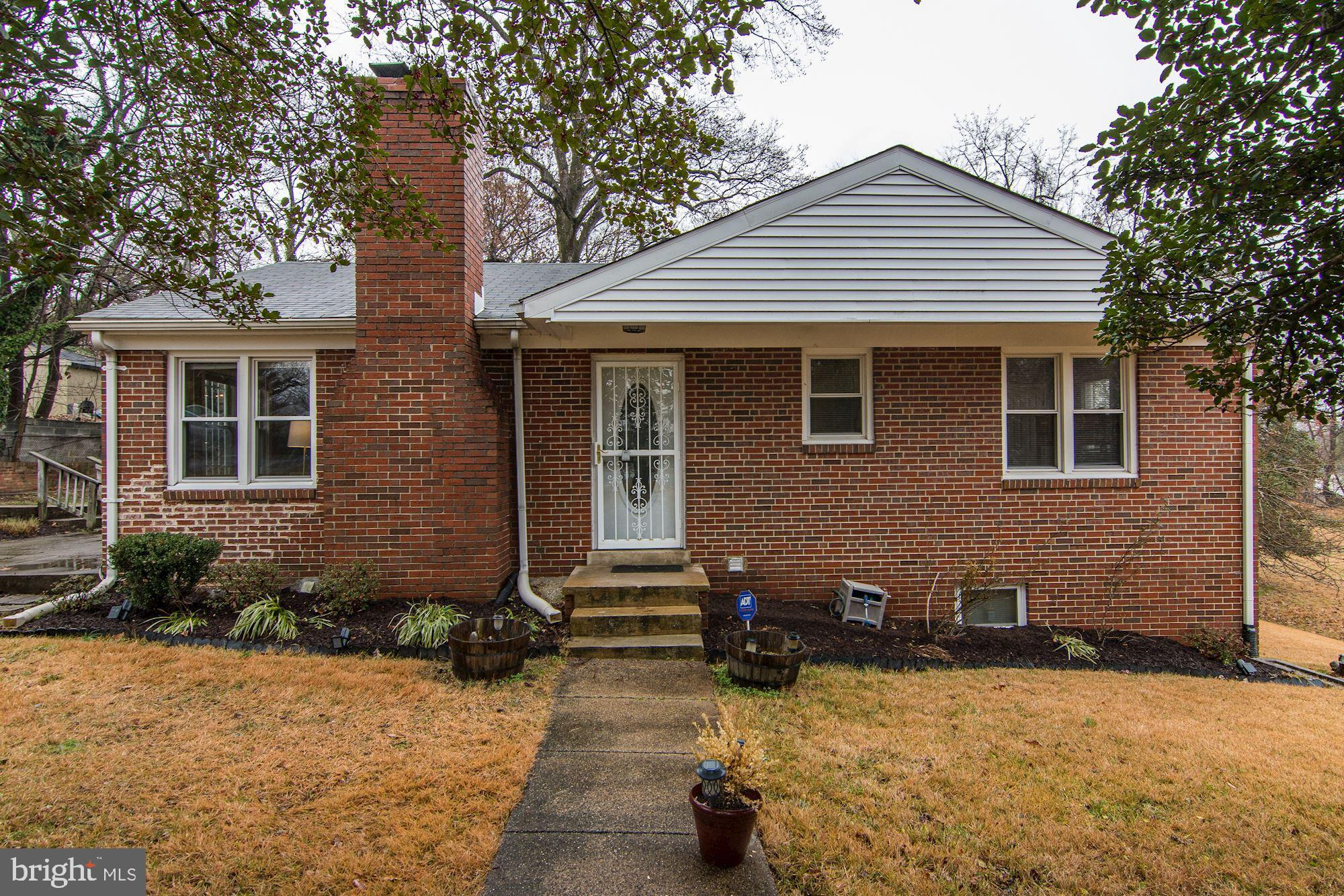 This all-brick  3 bedroom, 2 bath rambler is a true beauty! This home has gleaming hardwood floors,