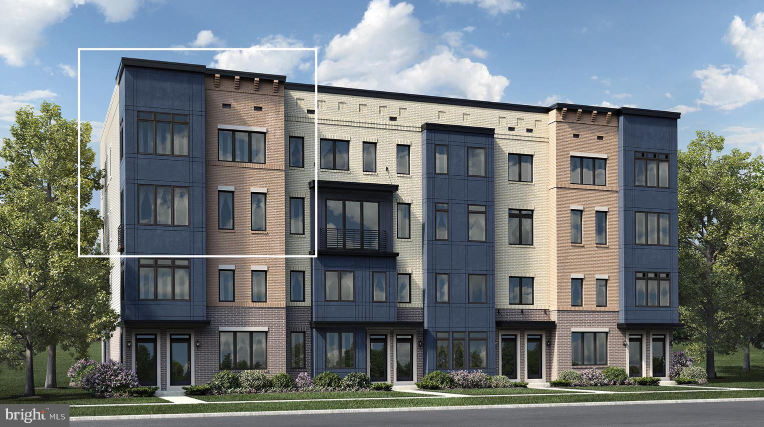 Contemporary townhome style condo, with rooftop terrace option in Ashburn. Conveniently located near
