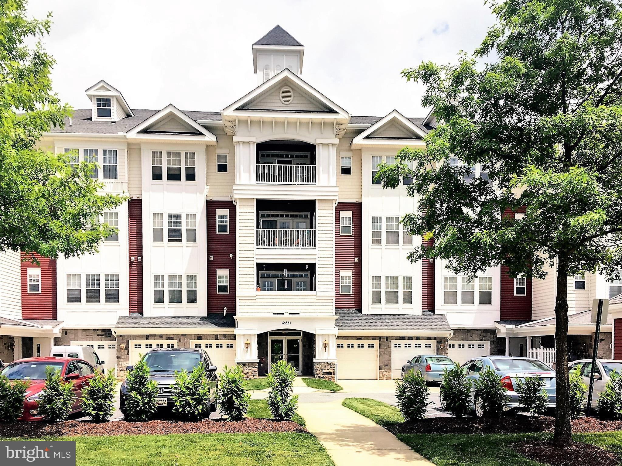 1875 Sq Ft Windsor Condo/Victoria Falls Active 55+ Community.  2BR,2BA w/HW Flrs, Sep DR + Eat-in Kitchen. 9Ft Ceilings. Balcony Off LR w/FP. Master Ste w/ Jacuzzi/Sep Shwr & Dual Vanities.Handicapped accessible, 2nd BA/Walk In Tub, High Toilets & Grab Bars. Attached X-large Handicapped Garage.  Fully Staffed Center w/Pools, Tennis, Exercise Rm, Social Clubs and MORE :)