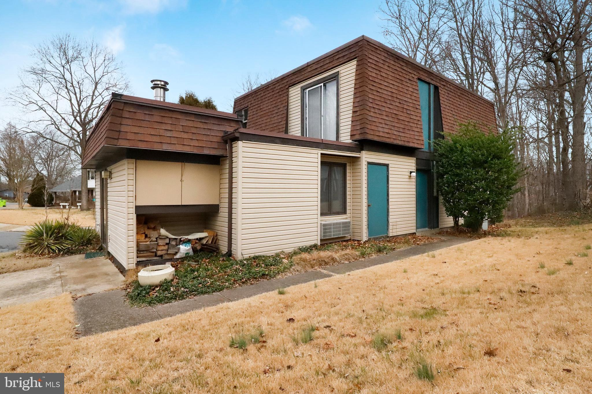 Charming single family home welcomes you to a friendly neighborhood on a quiet street. This home fea