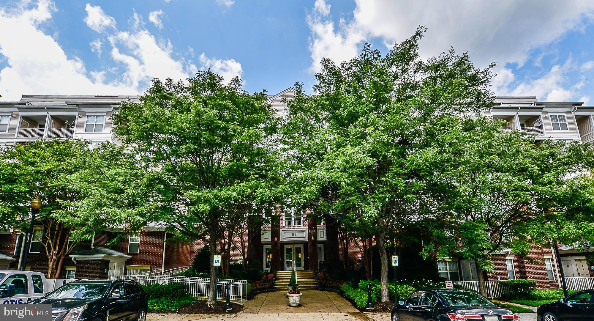 """Spacious """"RARE"""" find in the heart of Tysons at Lillian Court. This 1560 square foot, 2 bedroom condo"""