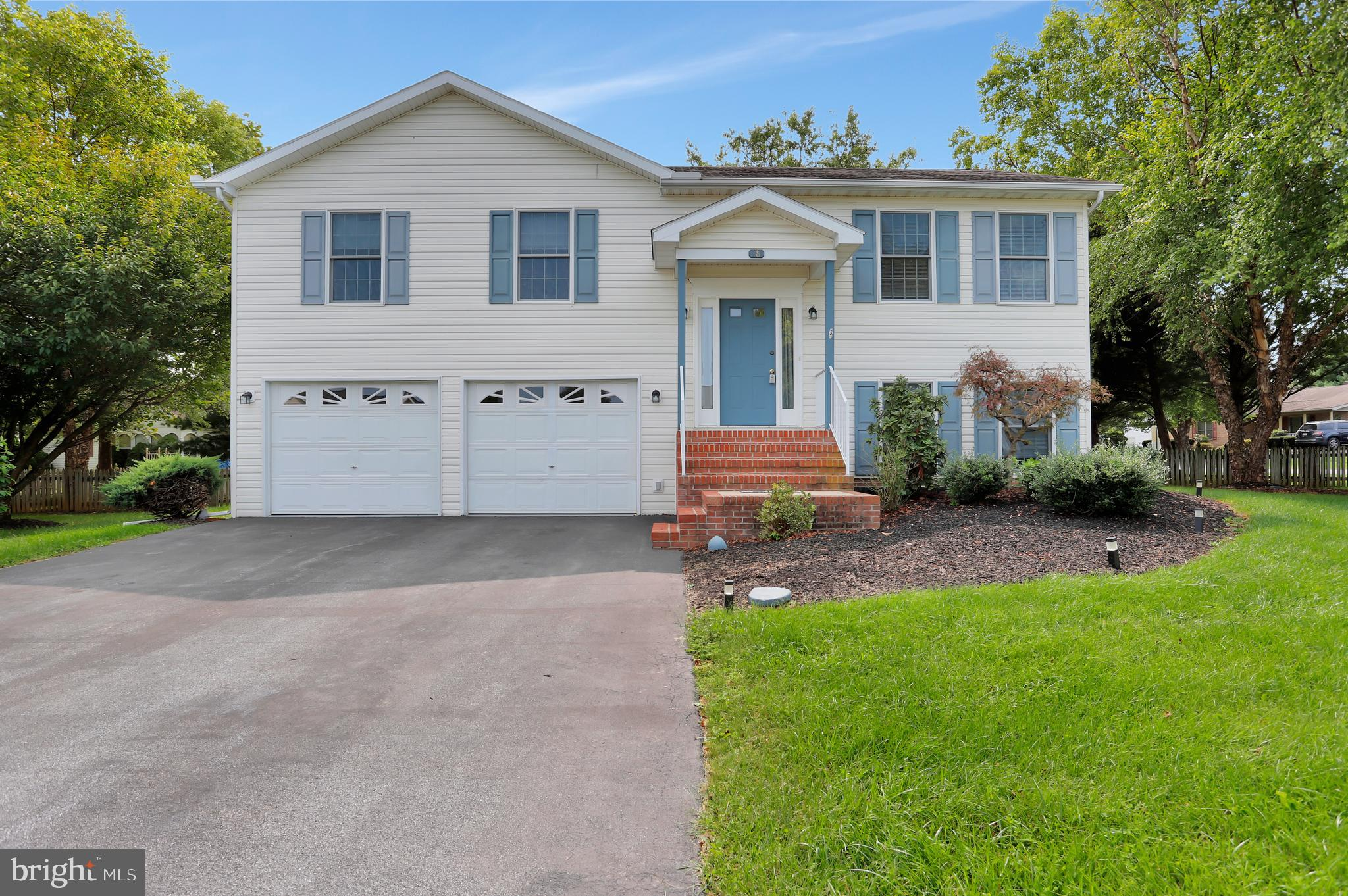 This beautiful home is move in ready with  BRAND NEW flooring throughout the house.  Located in the