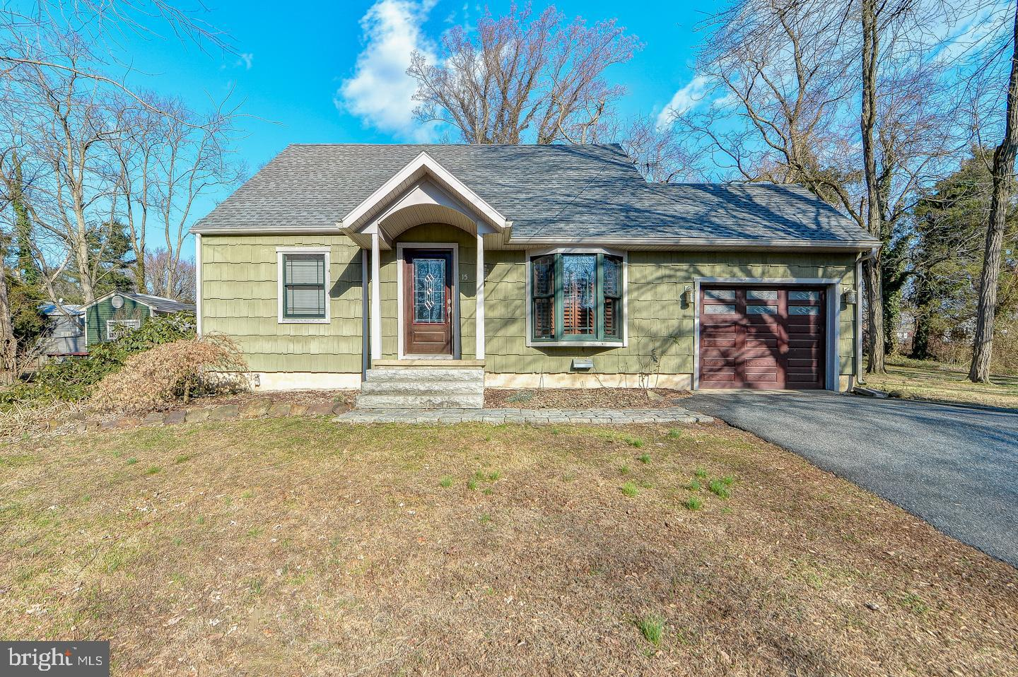 Welcome to 15 Bayside Dr. located in the desirable water front community of North East Heights. This