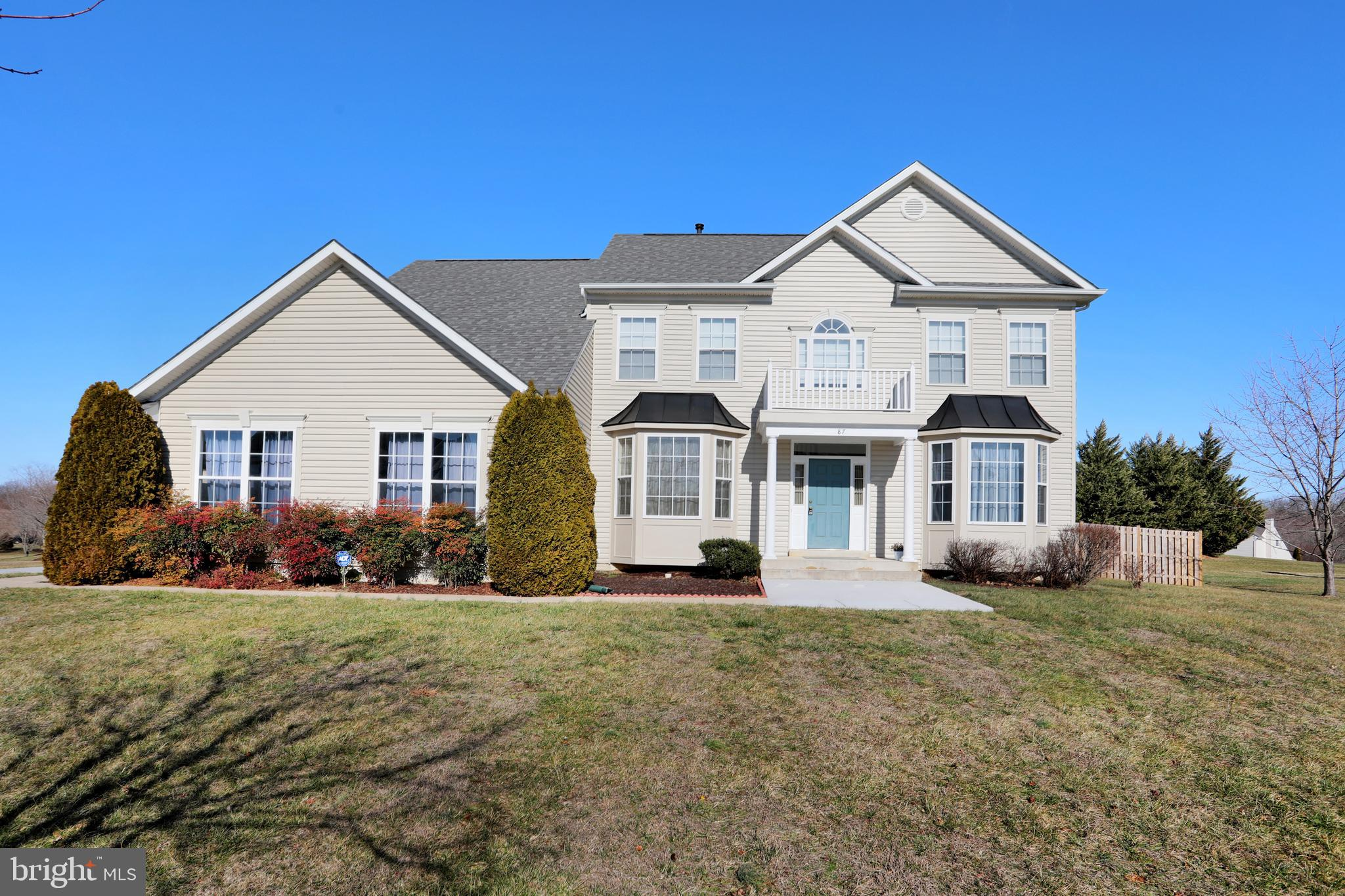 Welcome home to this beautiful colonial in Craighill Estates! 4 bedrooms, 2.5 baths. This kitchen is