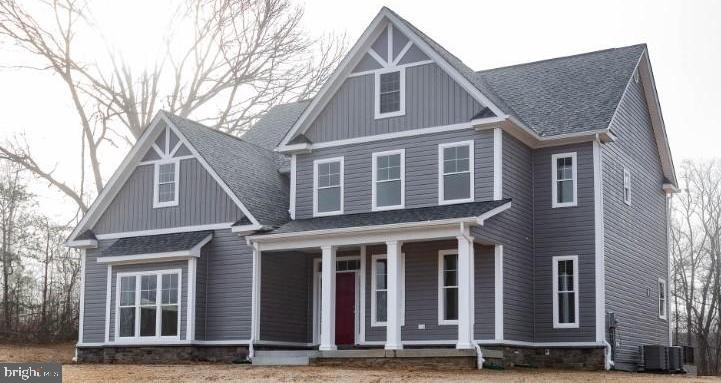 INTERESTED IN NEW CONSTRUCTION BUT DON'T WANT THE WAIT?*100% COMPLETE AND READY TO GO*ALMOST 4400 SQ