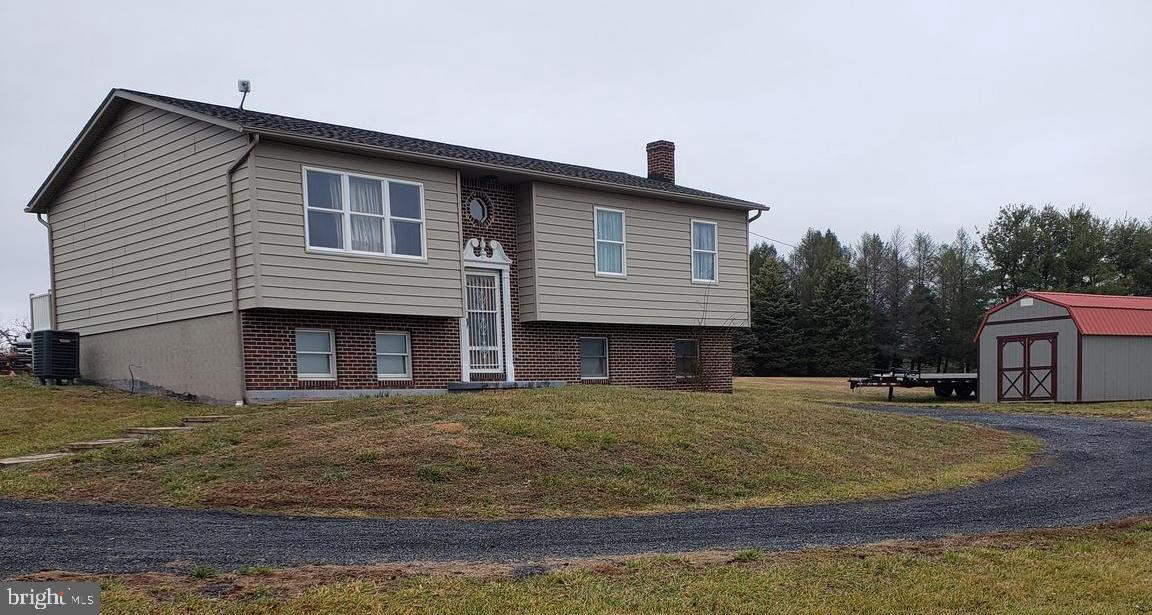 Very well maintained 3 bedroom  home across from Reynolds Store Fire Department on 522 N.Many upgrad