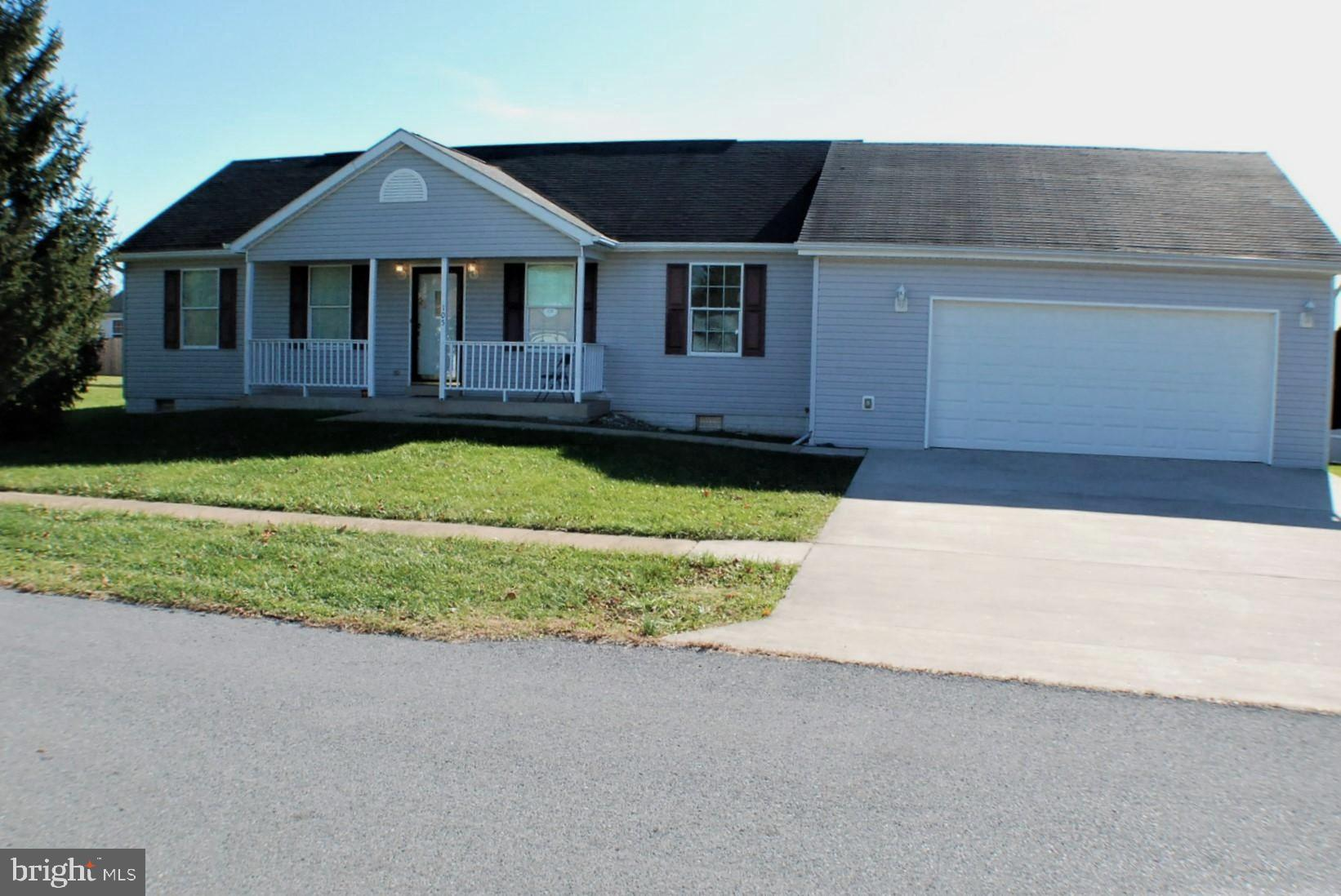 Move in Ready Rancher with Fresh Paint and Carpet . Large Private rear deck a great place torelax .