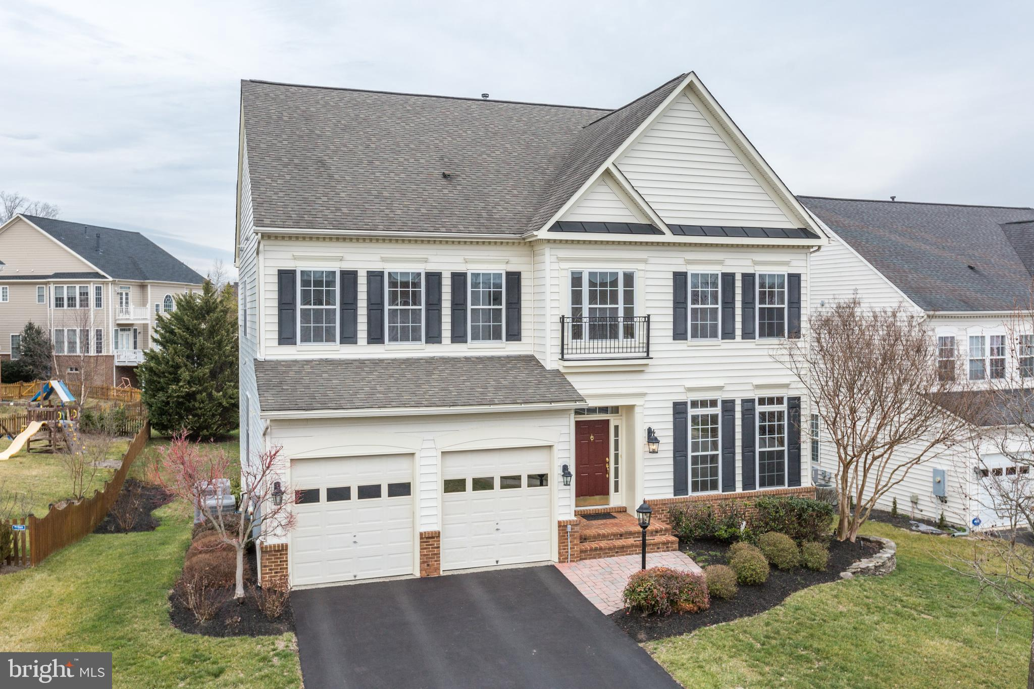 Open Sunday February 23rd 1-4pm**Welcome to 18938 Over Reach Court!  This beautiful Colonial-style P