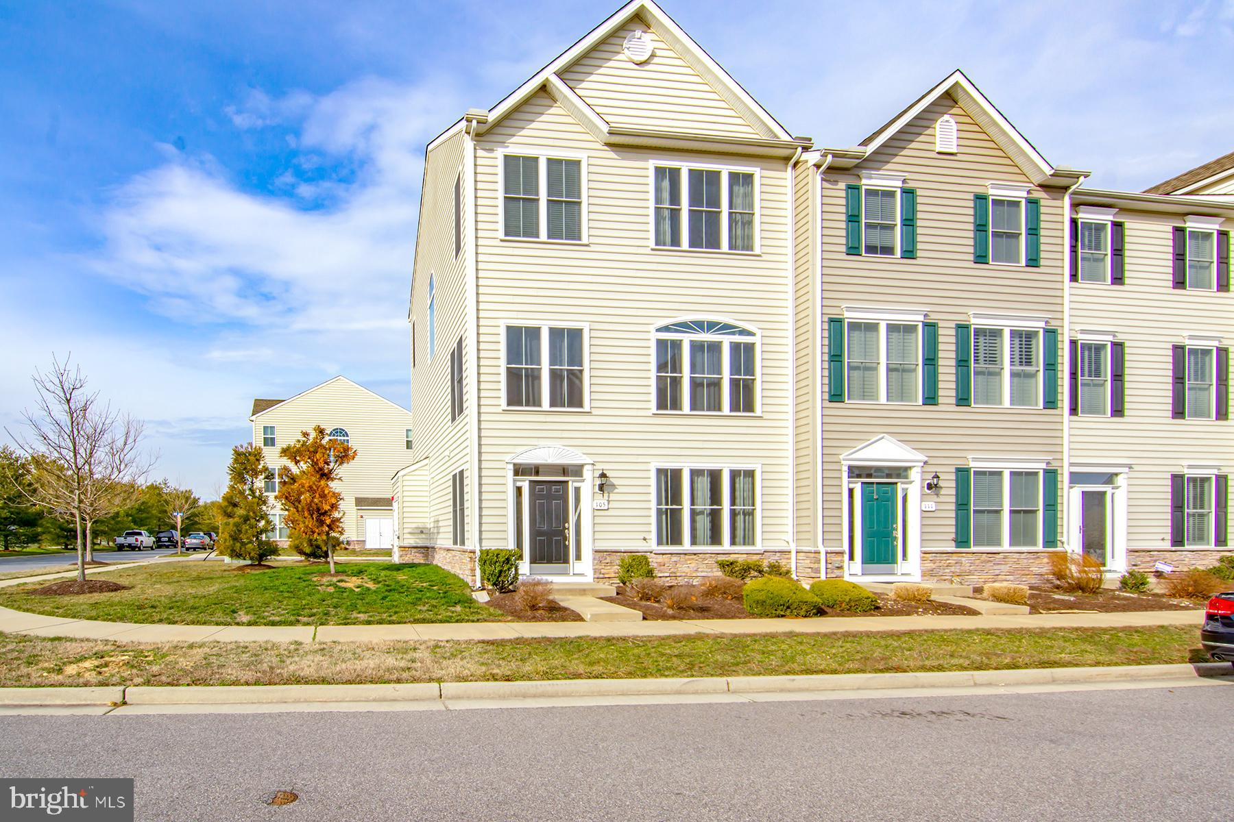 Looking for a spacious, maintenance free living with 4 Bedrooms, 3.5 baths?  1st floor has a Bedroom