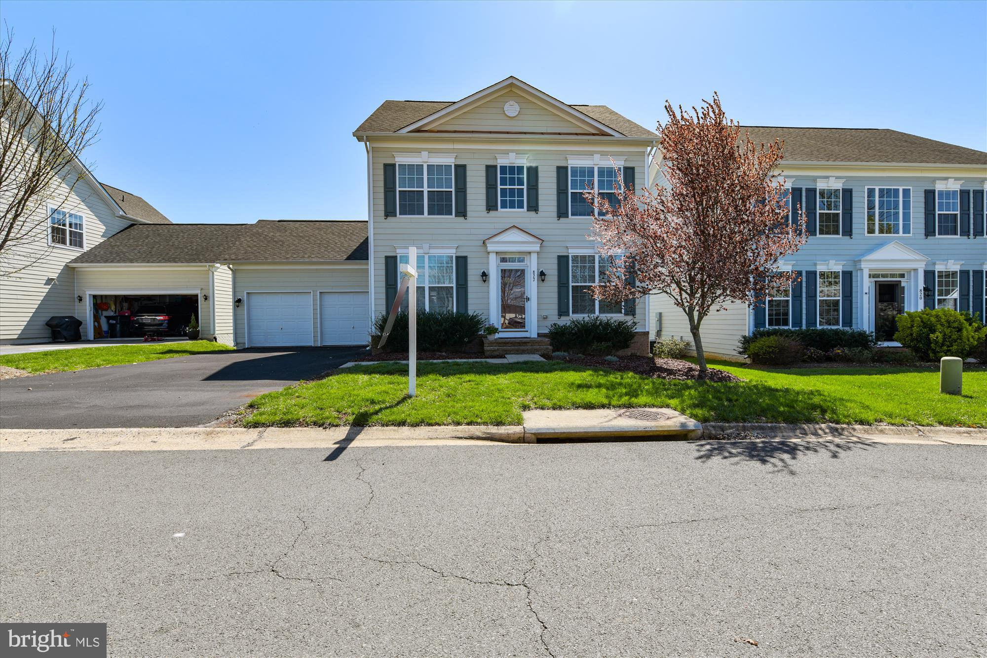 RARE OPPORTUNITY TO LIVE IN THIS HIGHLY SOUGHT-AFTER COMMUNITY CLOSE TO RTE 7, TOWN & SCHOOLS. LESS