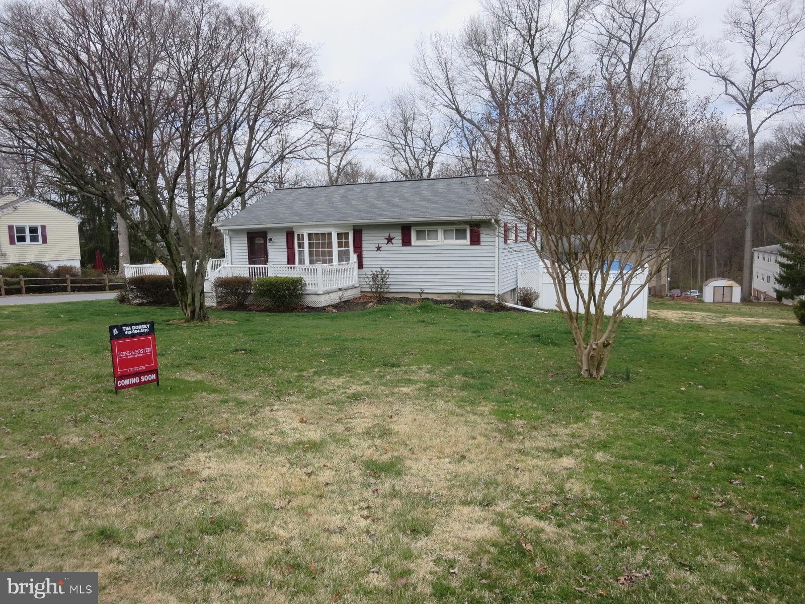 DONT MISS THIS 3 BEDROOM 2 BATH RANCHER IN DESIRED SYKESVILLE AREA.  TRUE HARDWOODS THROUGHOUT MAIN