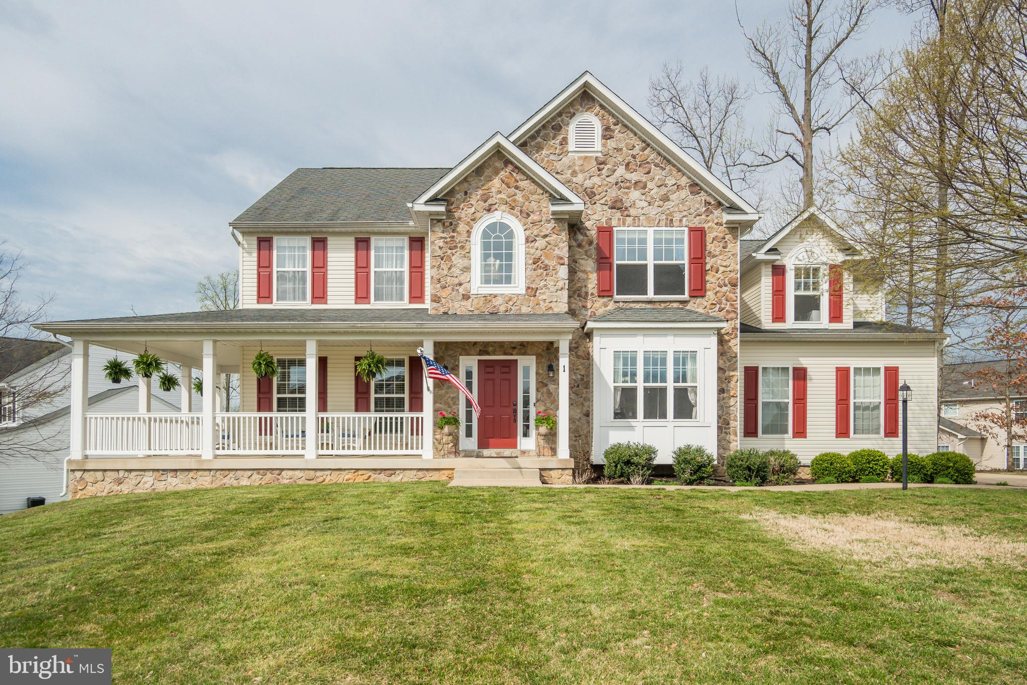 Welcome home to 1 Brownfield Dr in the beautiful community of Leeland Station in Stafford County! Yo