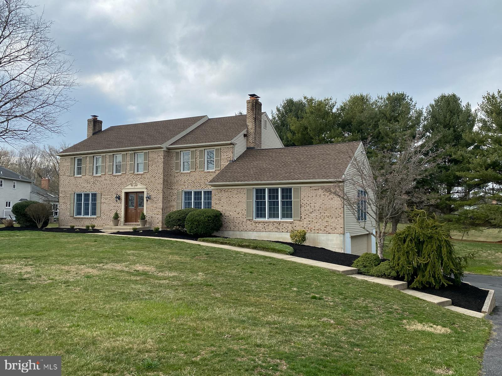 Pride of ownership shines through this spacious 5BR/3BA brick colonial in popular Hillstream II! Wal