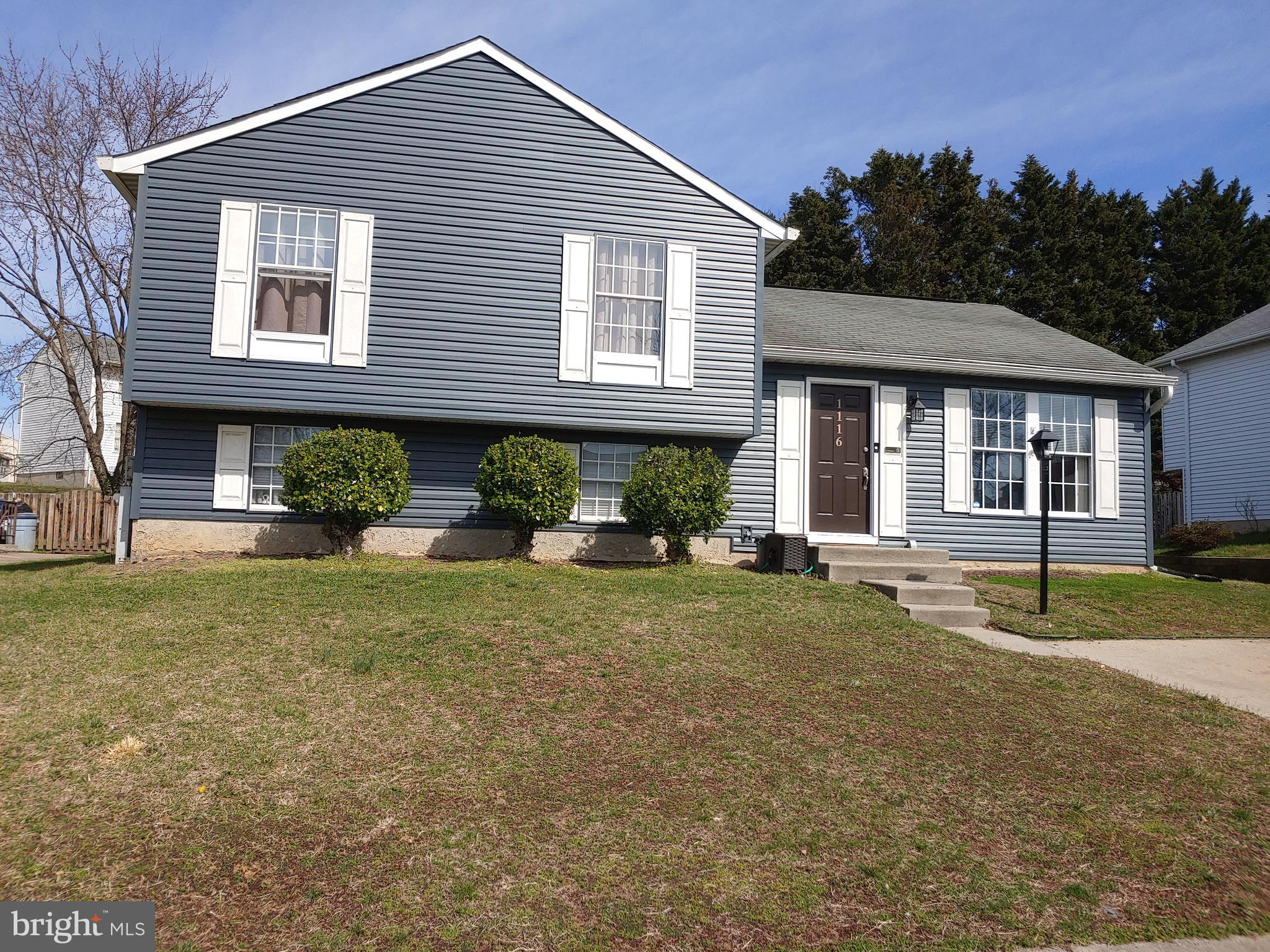 This 3 level, 3BR , 1.1BA split  level has good curb appeal and has had all the major exterior updat