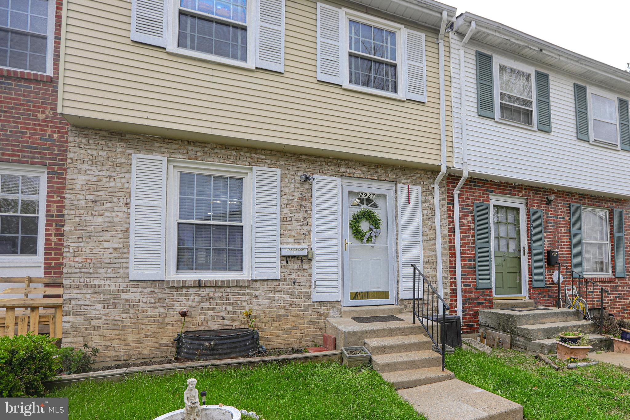 Excellent opportunity to own a ready to move in 3-level town home right off Rt 1 and minutes from re