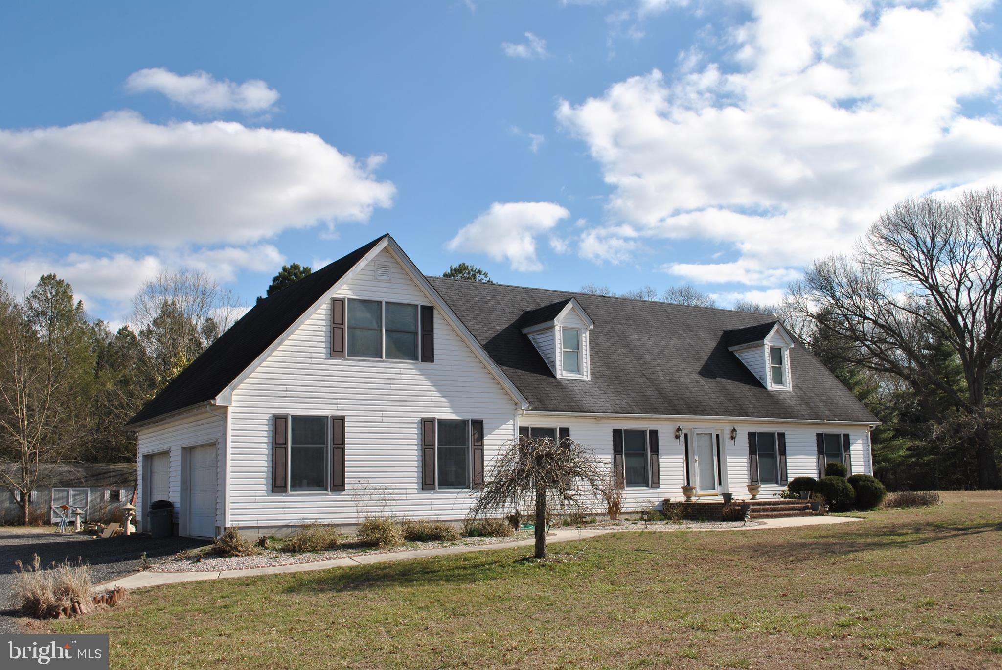Open floor plan, with living room, family room kitchen combo.  First floor master, deck and above gr
