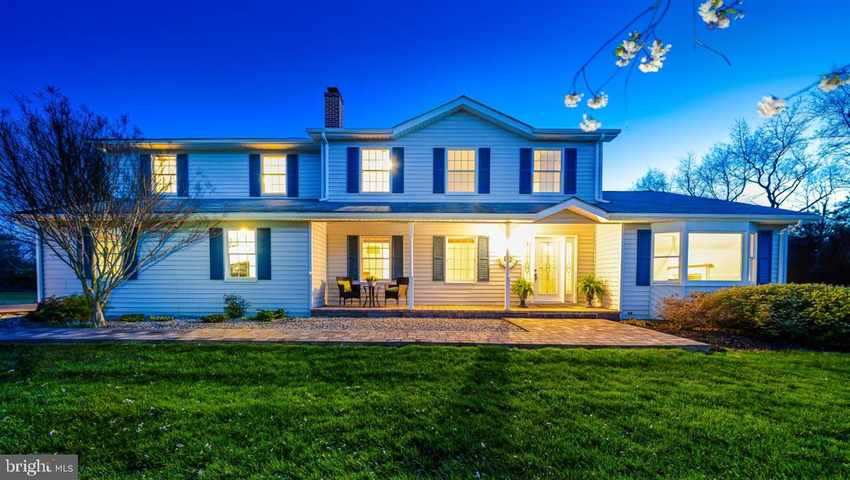 Welcome to your private oasis.  Stunning 4 bedroom 3.5 bath Colonial has been meticulously cared for