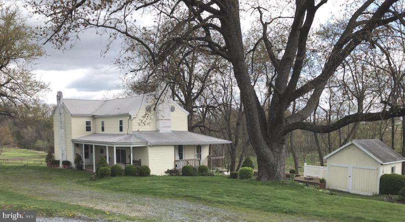 This is a true gem of a find: tidy, turn-key 7+ acre farmette for a great price! This will not stay
