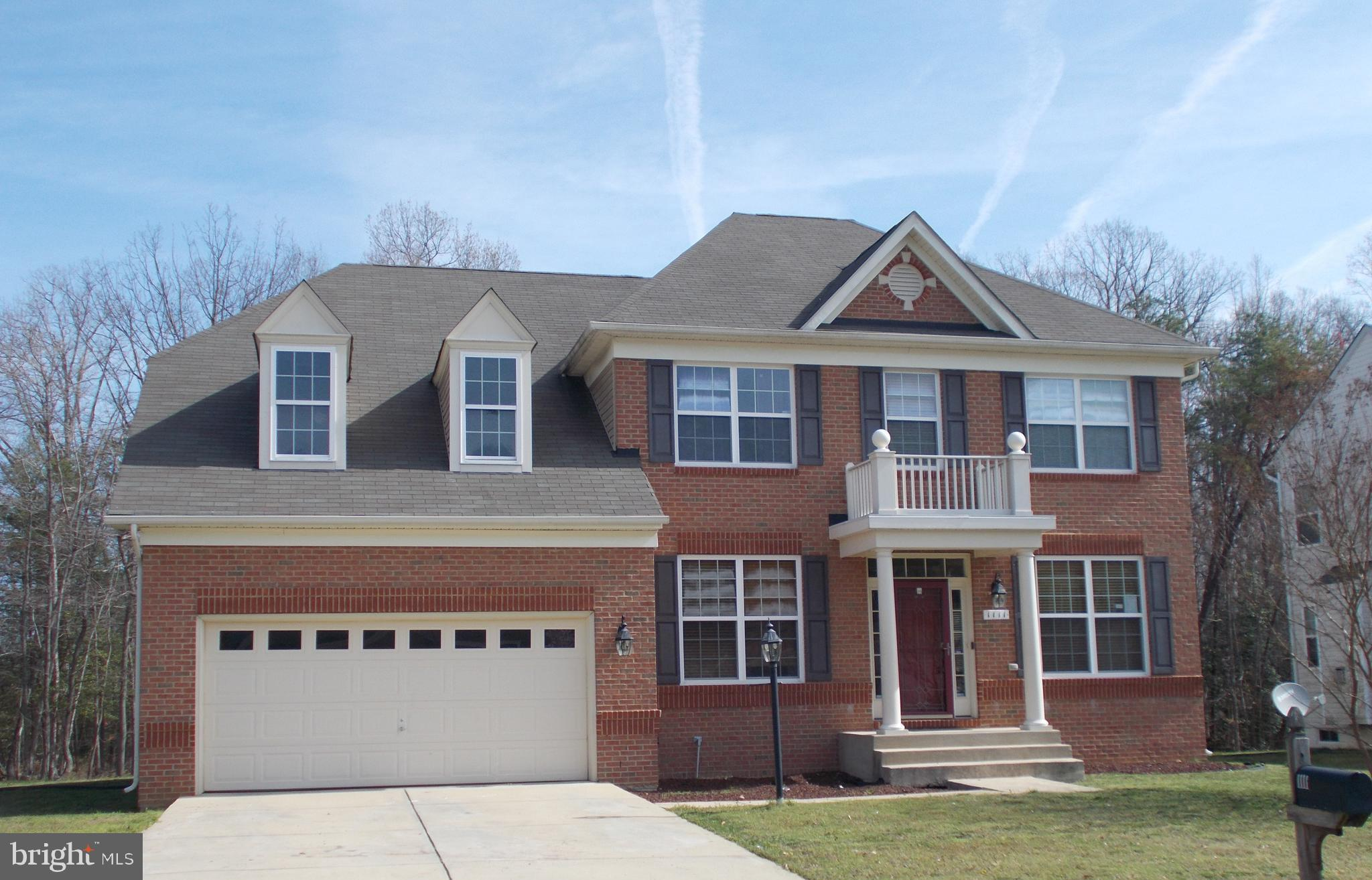 Welcome to this 4 bedroom, 2.5 bath colonial in the Summerwood community of Accokeek. A two story fo