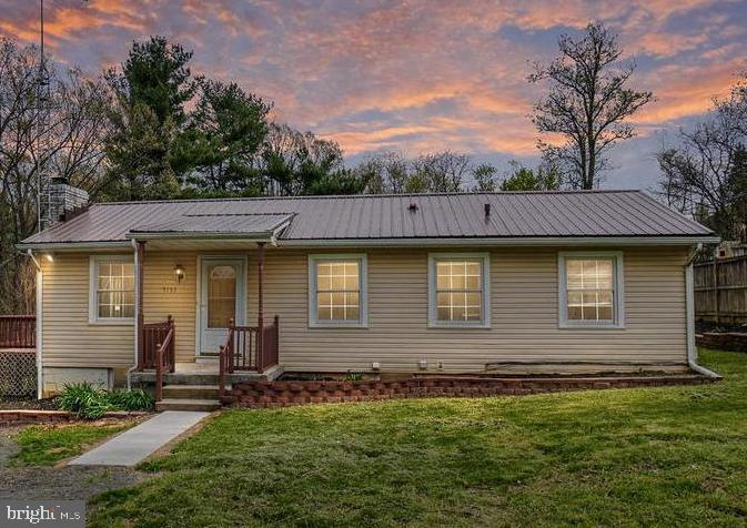 RENOVATED RANCHER SITUATED IN THE COUNTRYSIDE OF FREDERICK COUNTY ON .55 ACRES! THIS HOME OFFERS...N