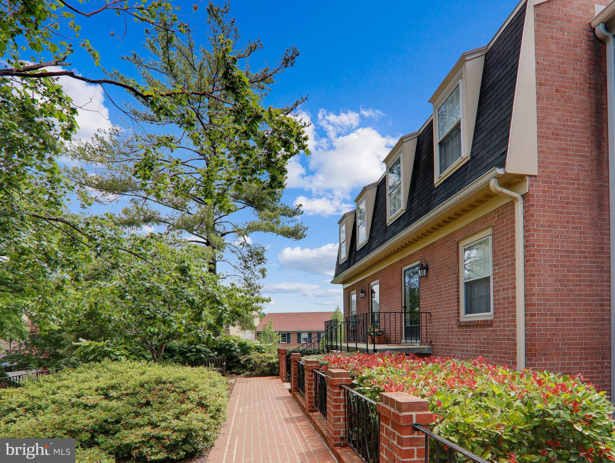 Just Listed at Beekman Place Condominiums in the Adams Morgan / Mount Pleasant section of Northwest