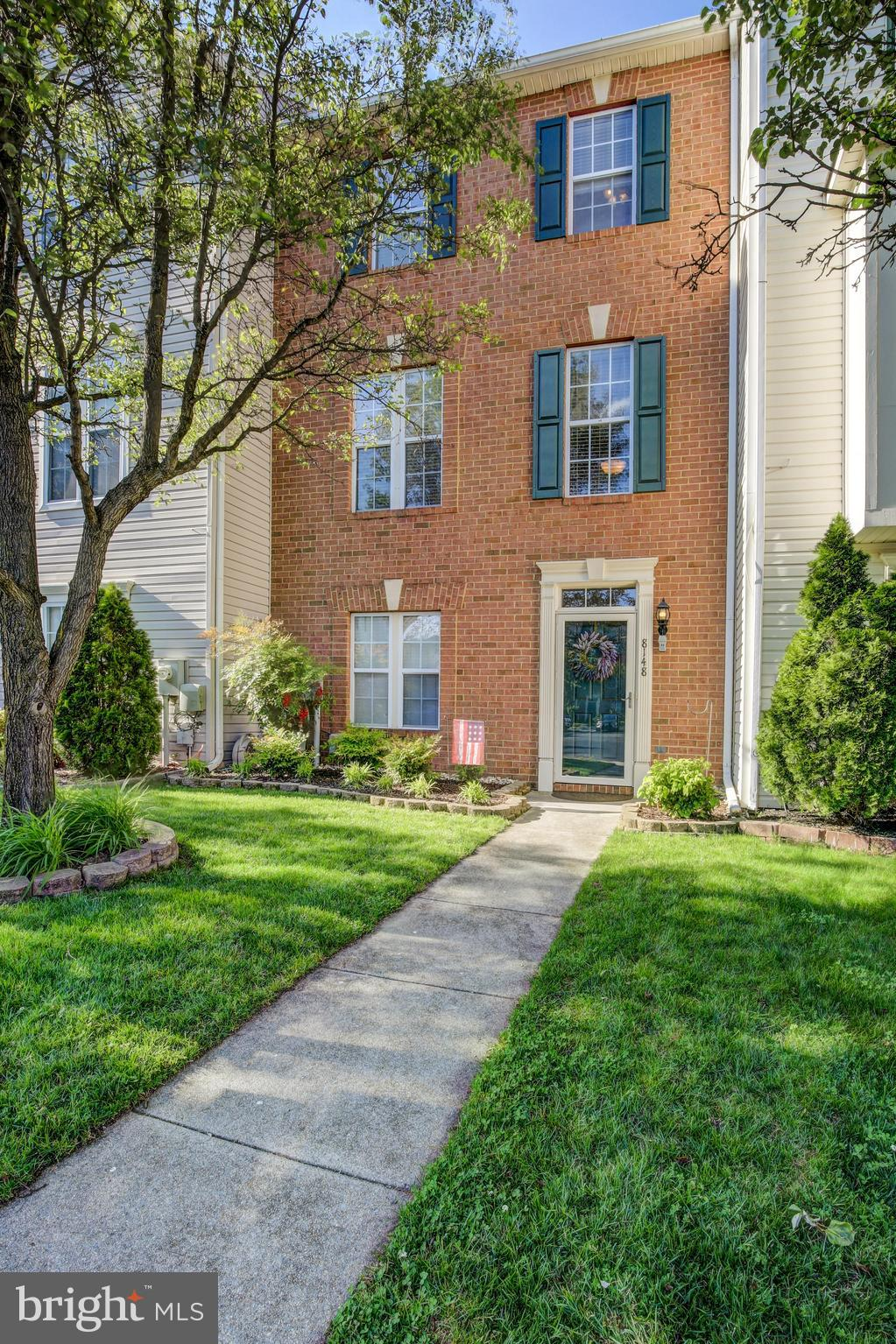 Just listed! Farmington Village townhome with four bedrooms and three full bathrooms.  Open floor pl
