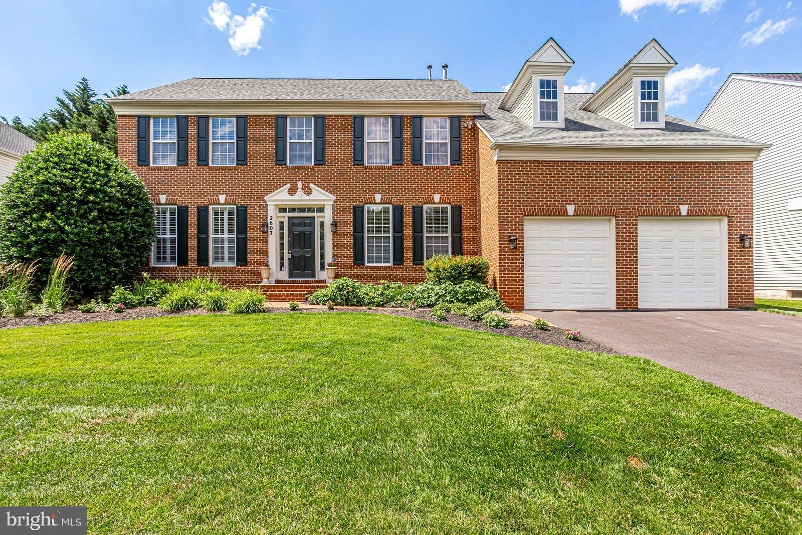 Welcome to this Fabulous Home in Manor Oaks! You~ll love the warmth of this beautifully updated home