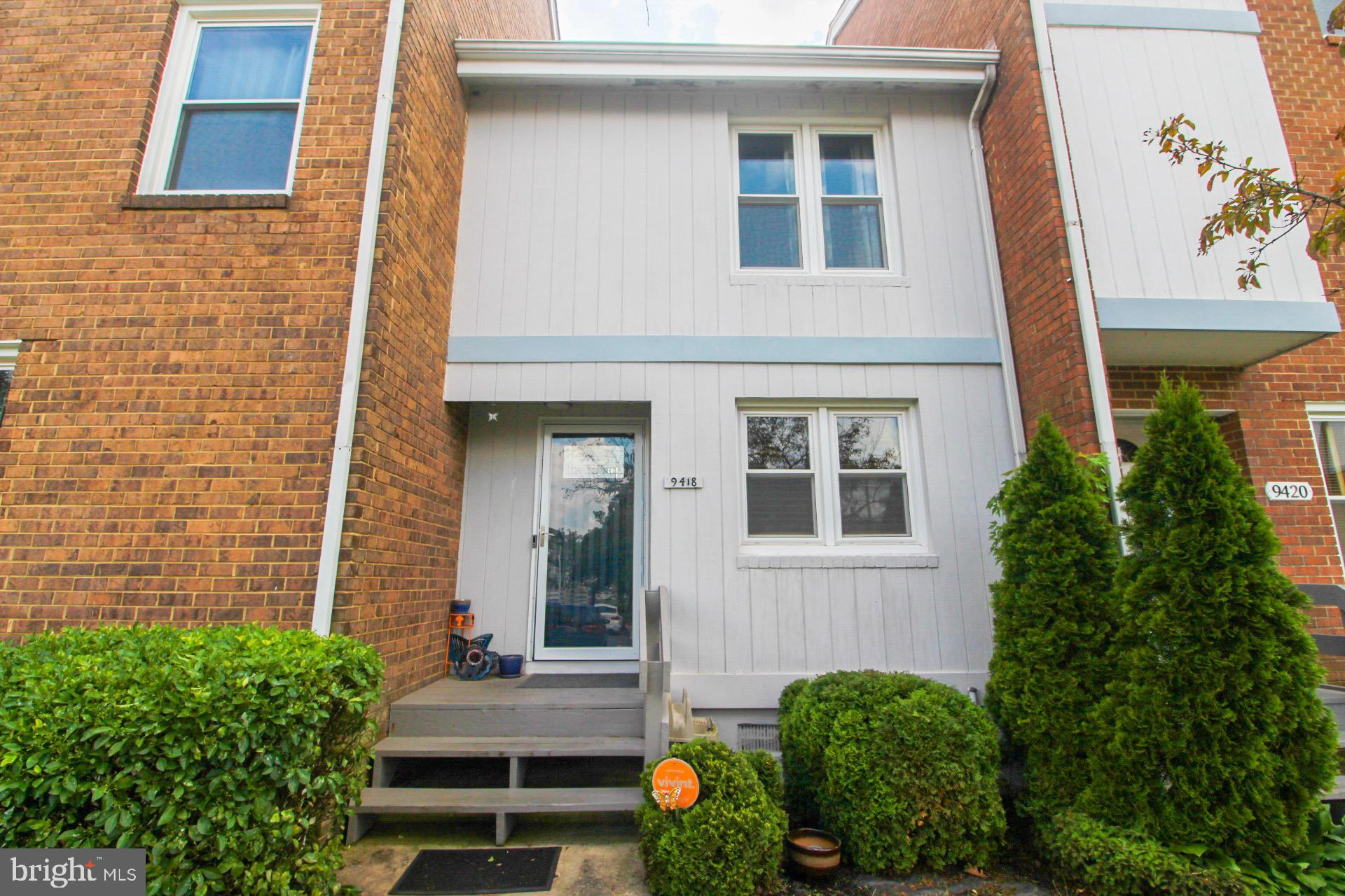This townhome style condo features 5 amazing levels of living space! This home has been freshly pain