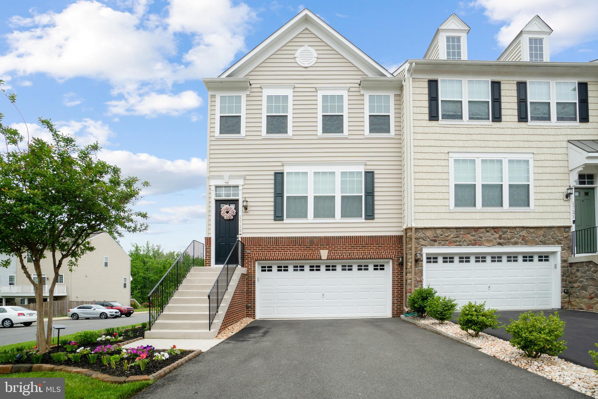 You don't want to miss this like NEW beautiful end unit town home in model home condition! Home feat