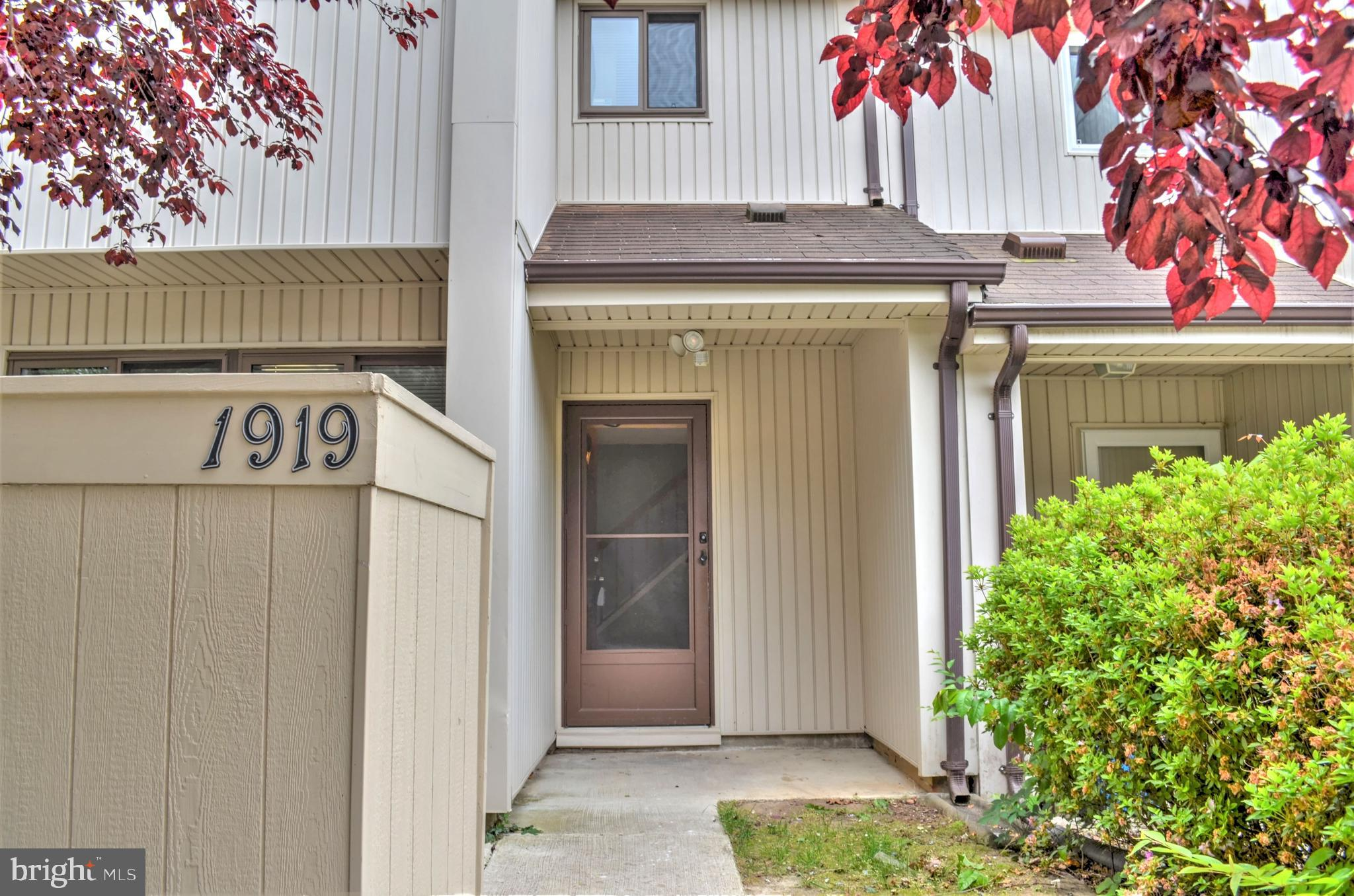Beautiful Renovated in 2020 Two level town home  located in Wood bridge with fenced back yard, enclo