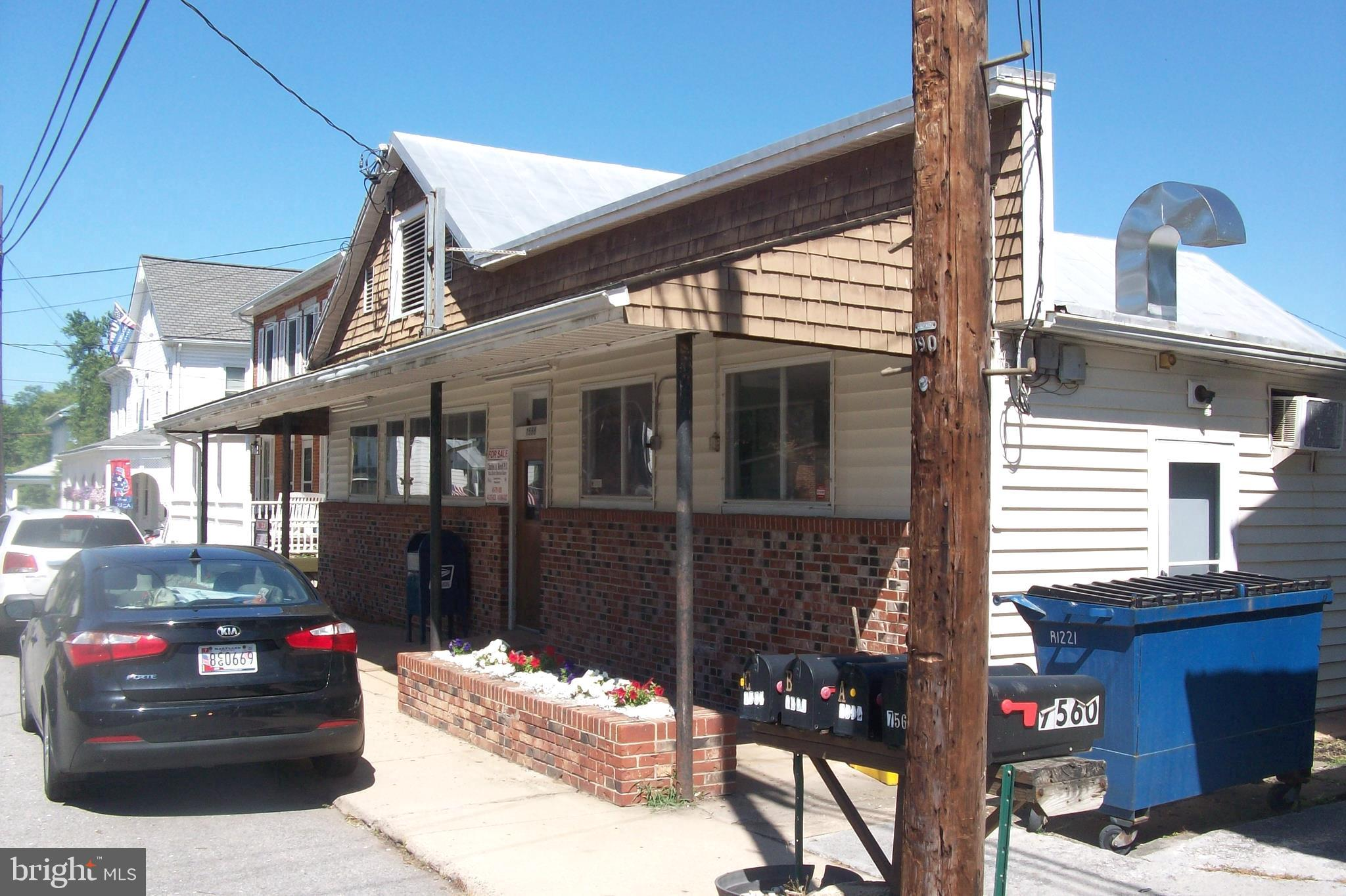 Turn key income producing property.  Three 1 Bedroom  units,  all rented long term tenants; PLUS  17