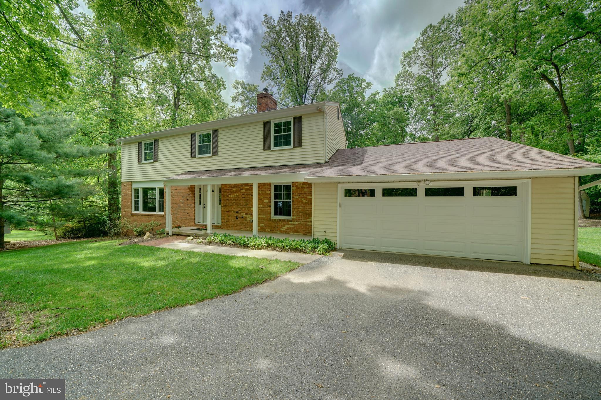 Welcome to your Howard County retreat! This charming, exceptionally-maintained home is move-in ready