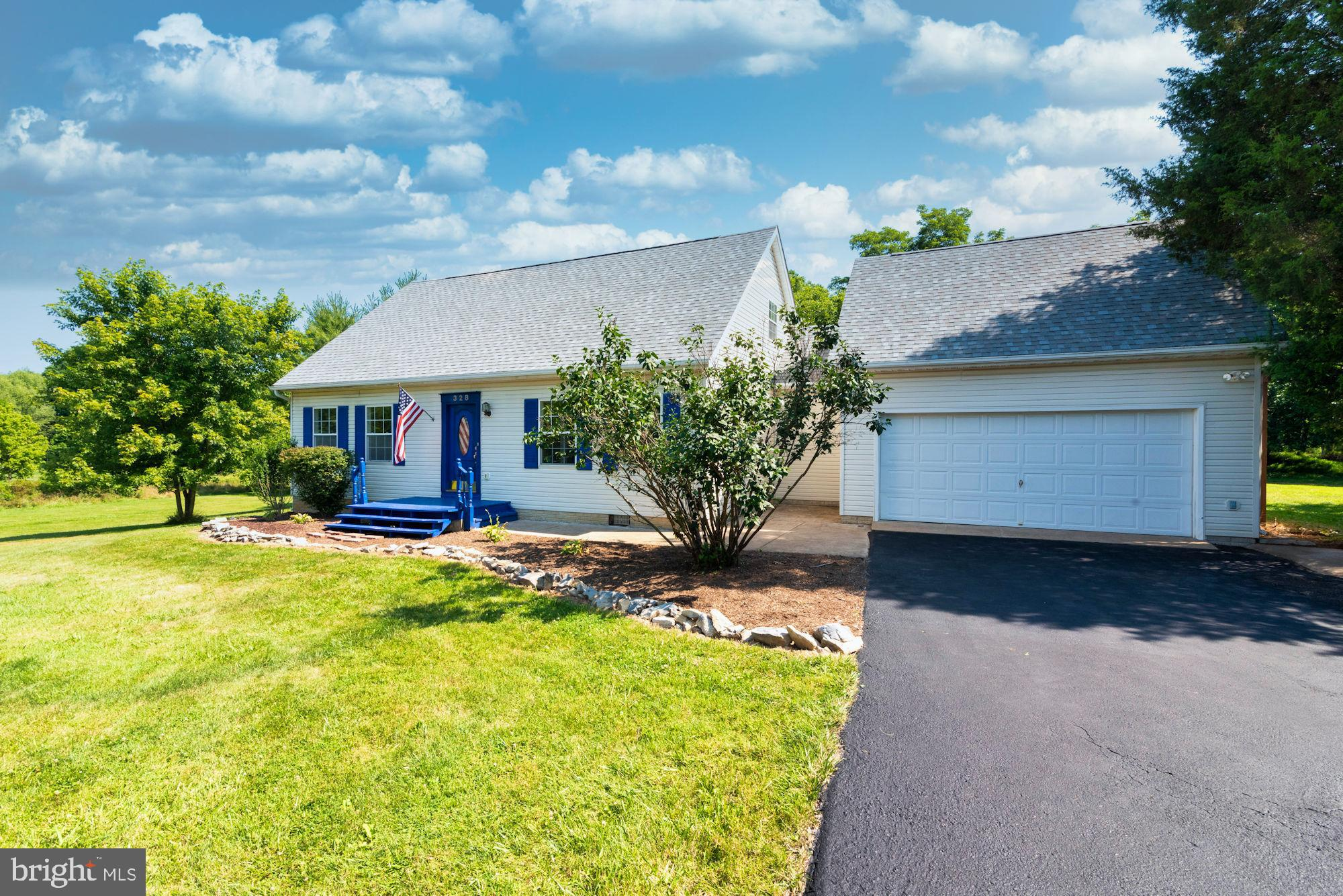 Located in a such pretty country setting on 2.5 acres, with easy access to Rt.9,  I81, shopping, and