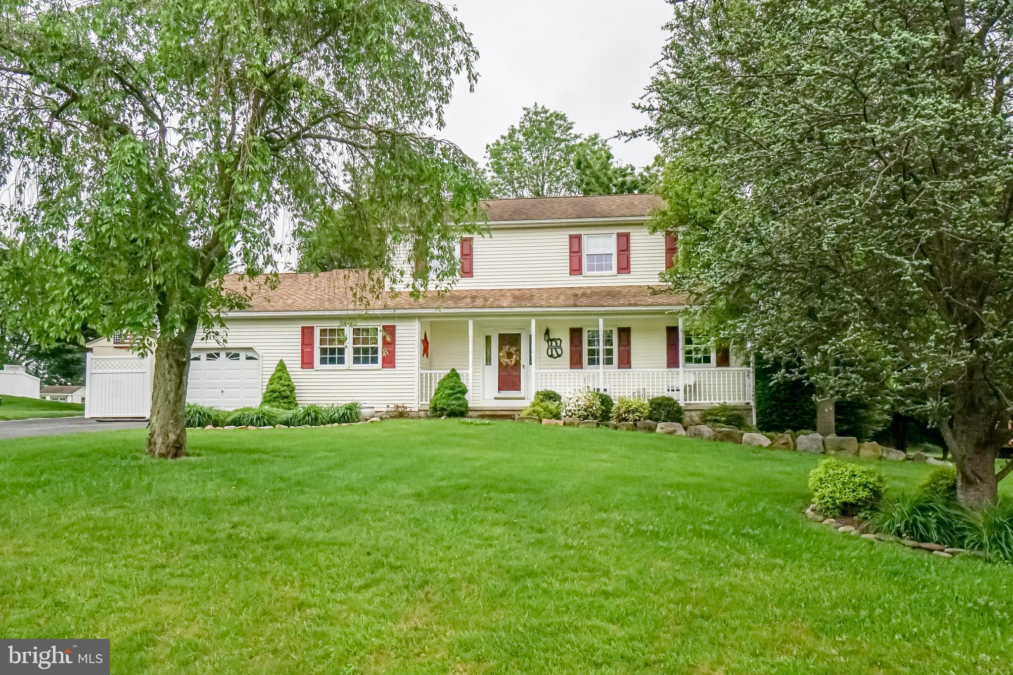 Beautiful Home close to Fair Hill on a 1/2 acre+ backing up to farm land. 1st floor features Hardwoo