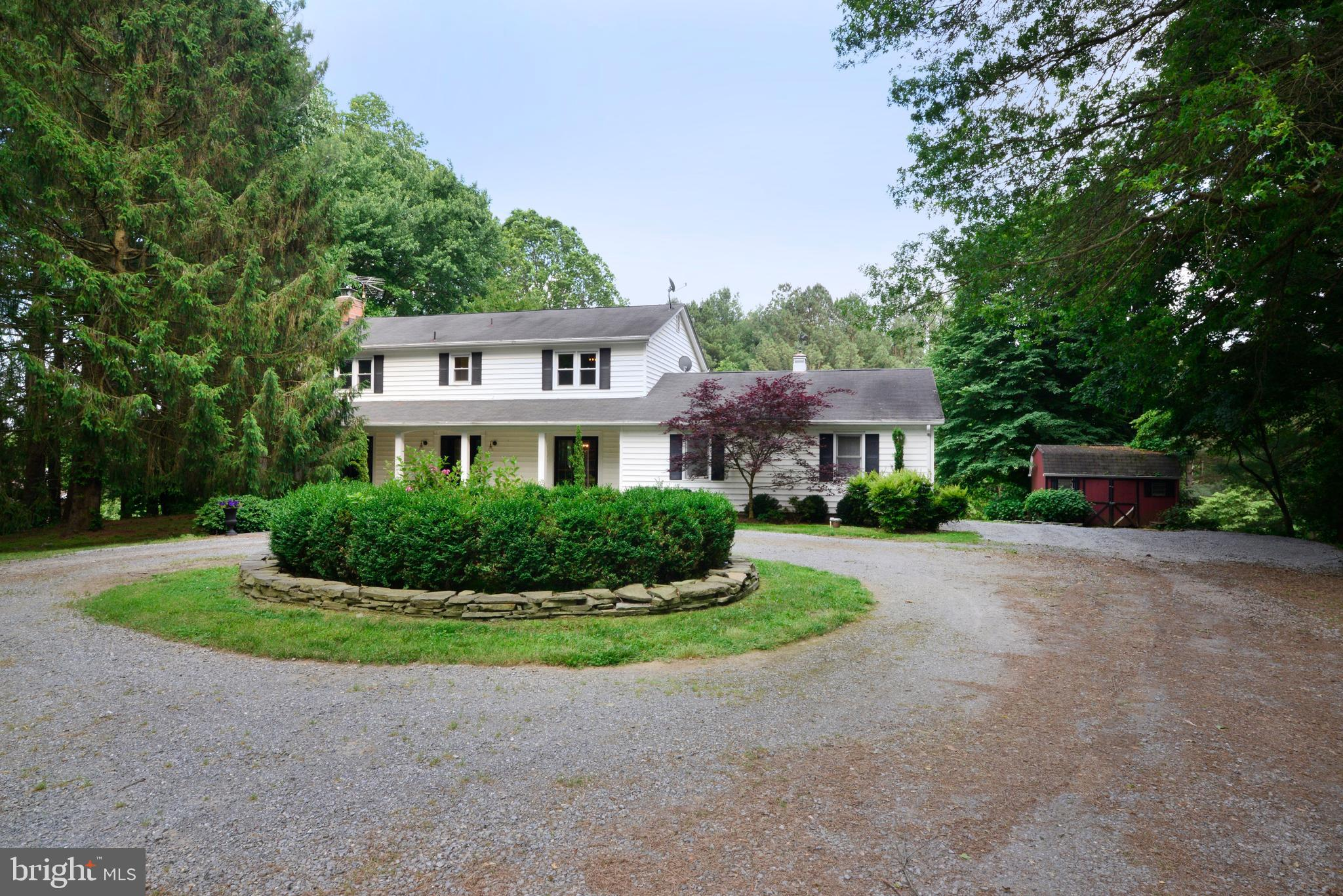 Will be on the market mid-day on Friday, June 5th! Photos to be uploaded Thursday evening (6/4).Acce