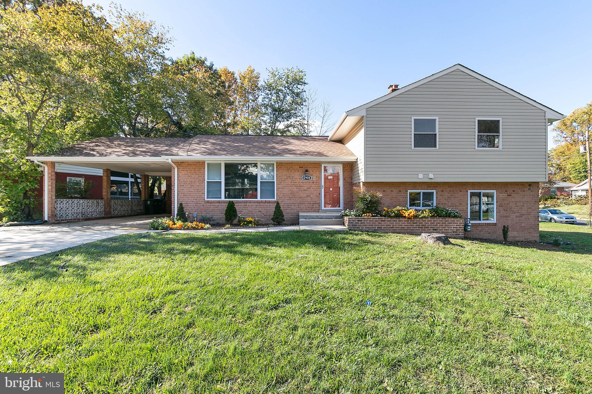 Absolutely Stunning. Look no further. This 4 level split home boasts 3 bedrooms and 3 full bathrooms