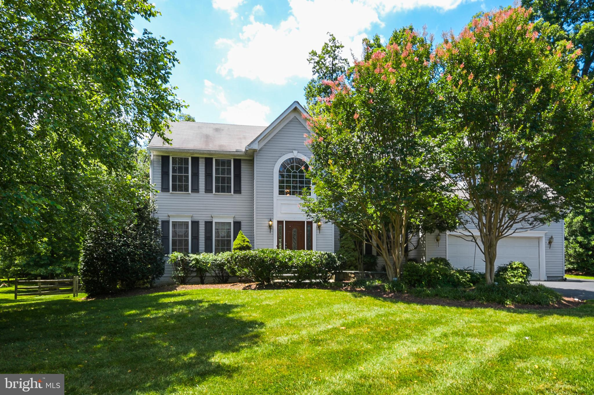 Plenty of room to grow into this 5 bedroom 3.5 bath home! As you walk up to the home a beautiful sla
