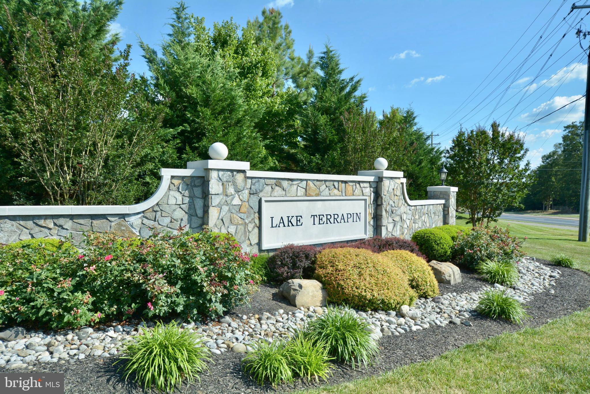 This is the one! Well kept 4br,3.5ba SFH in highly sought after Lake Terrapin neighborhood. This is