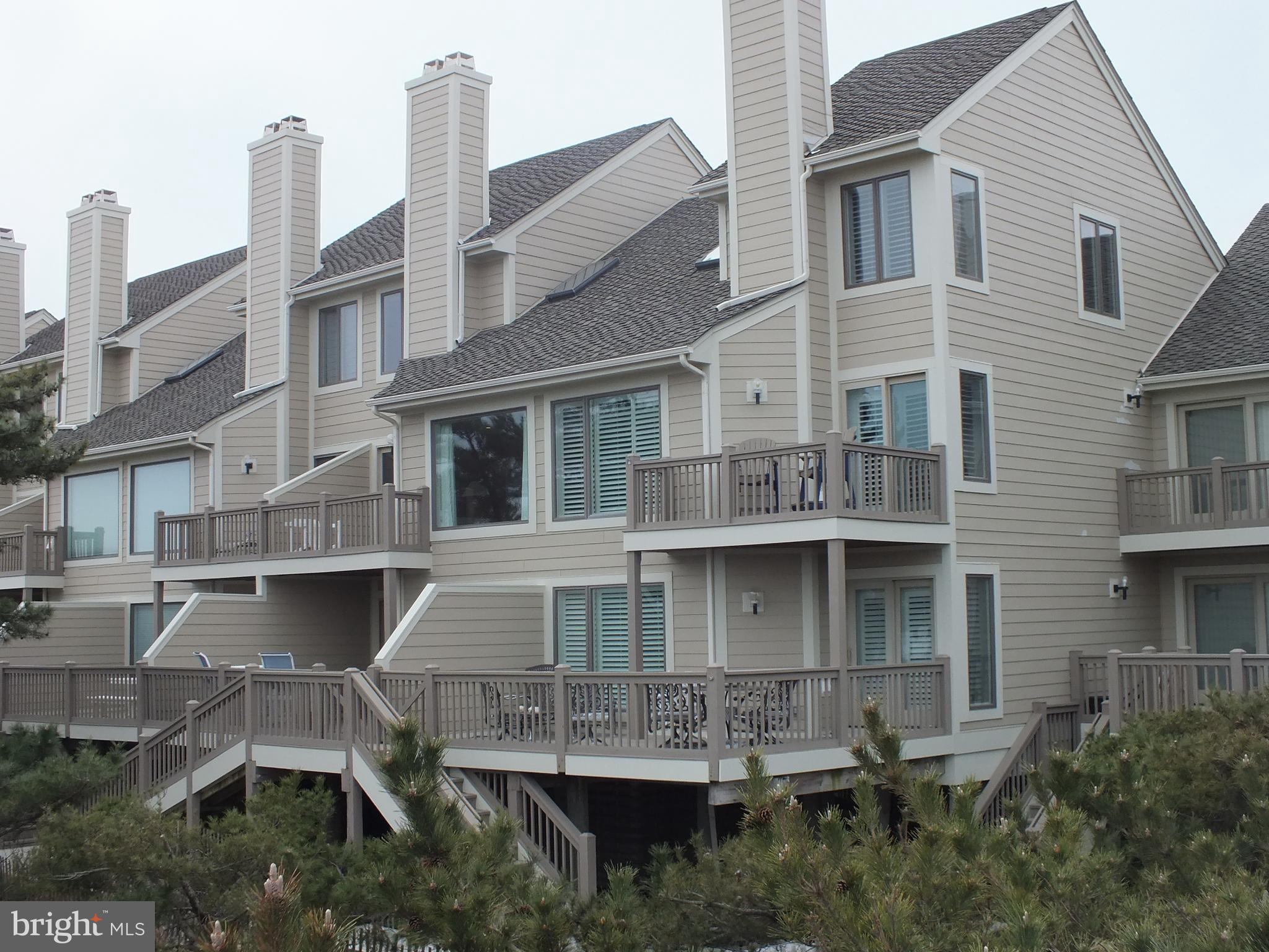 25 Kings Grant: A Dream Come TrueImagine sitting on your deck looking at the ocean as you listen to