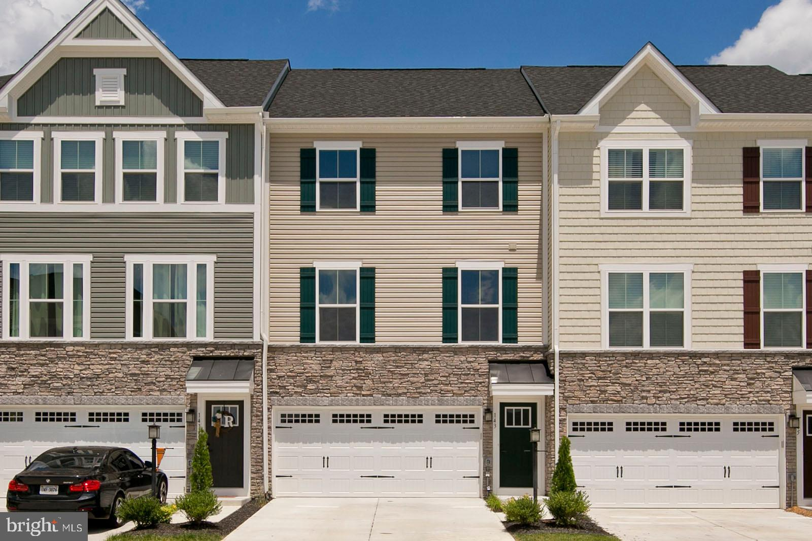 Spacious, open floor plan with 3 bedrooms, 2 1/2 baths and 2 car garage.  Pristine, fresh, ready for